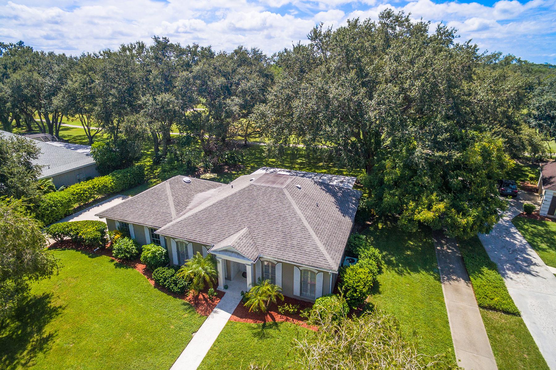 Nhà ở một gia đình vì Bán tại BOCA ROYALE 9 Fairway Dr Englewood, Florida, 34223 Hoa Kỳ