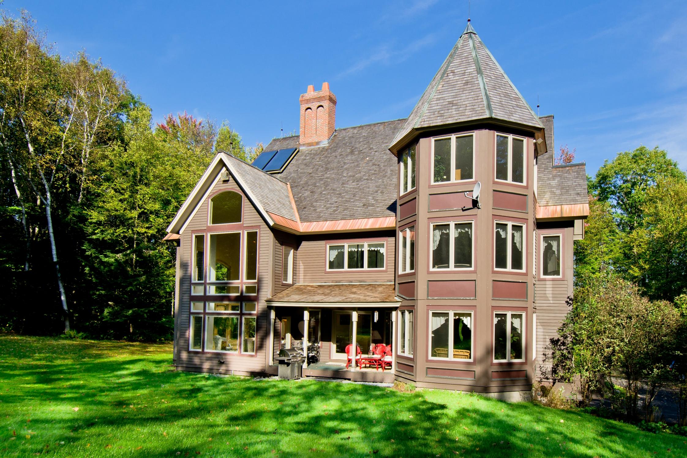 Maison unifamiliale pour l Vente à Muddy Pond Contemporary 1639 Mckinley Ave Rutland Town, Vermont 05701 États-Unis