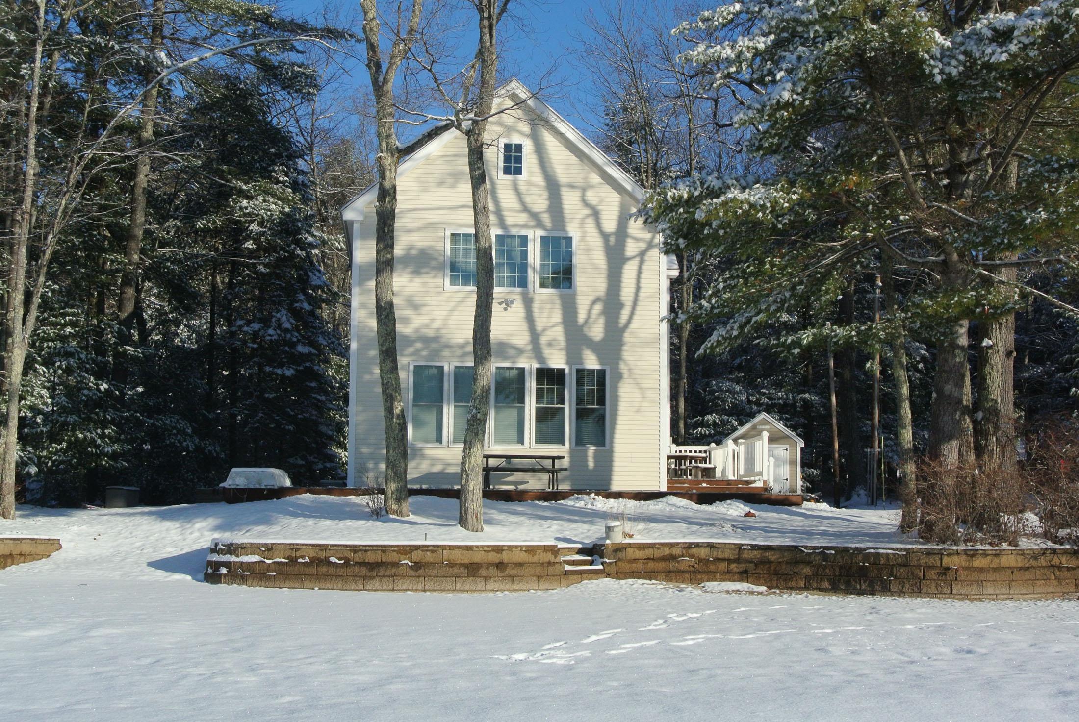 Maison unifamiliale pour l Vente à 15 Nichols, Barnstead Barnstead, New Hampshire, 03225 États-Unis