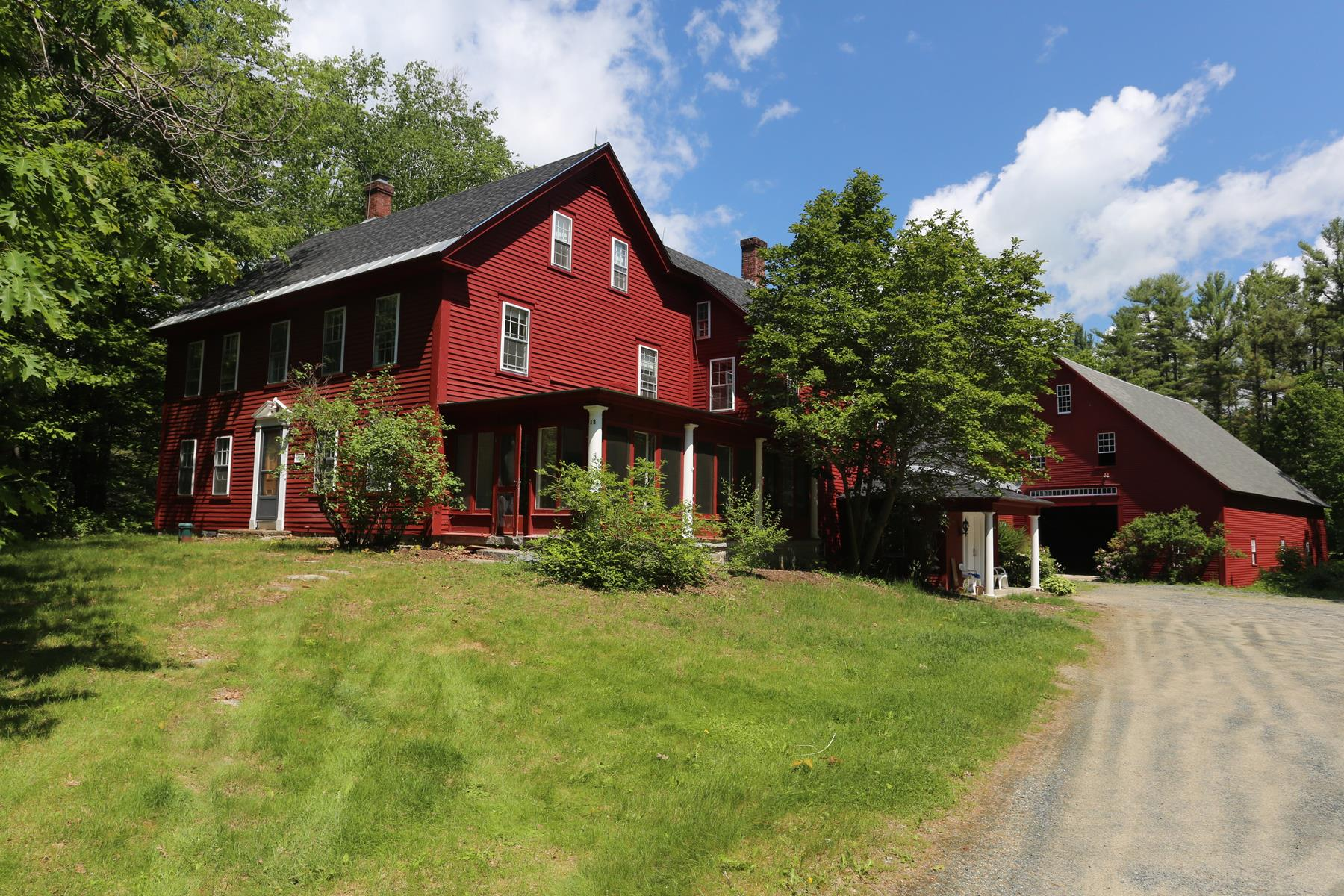 Single Family Home for Sale at 88 Otterville Road, New London 88 Otterville Rd New London, New Hampshire, 03257 United States