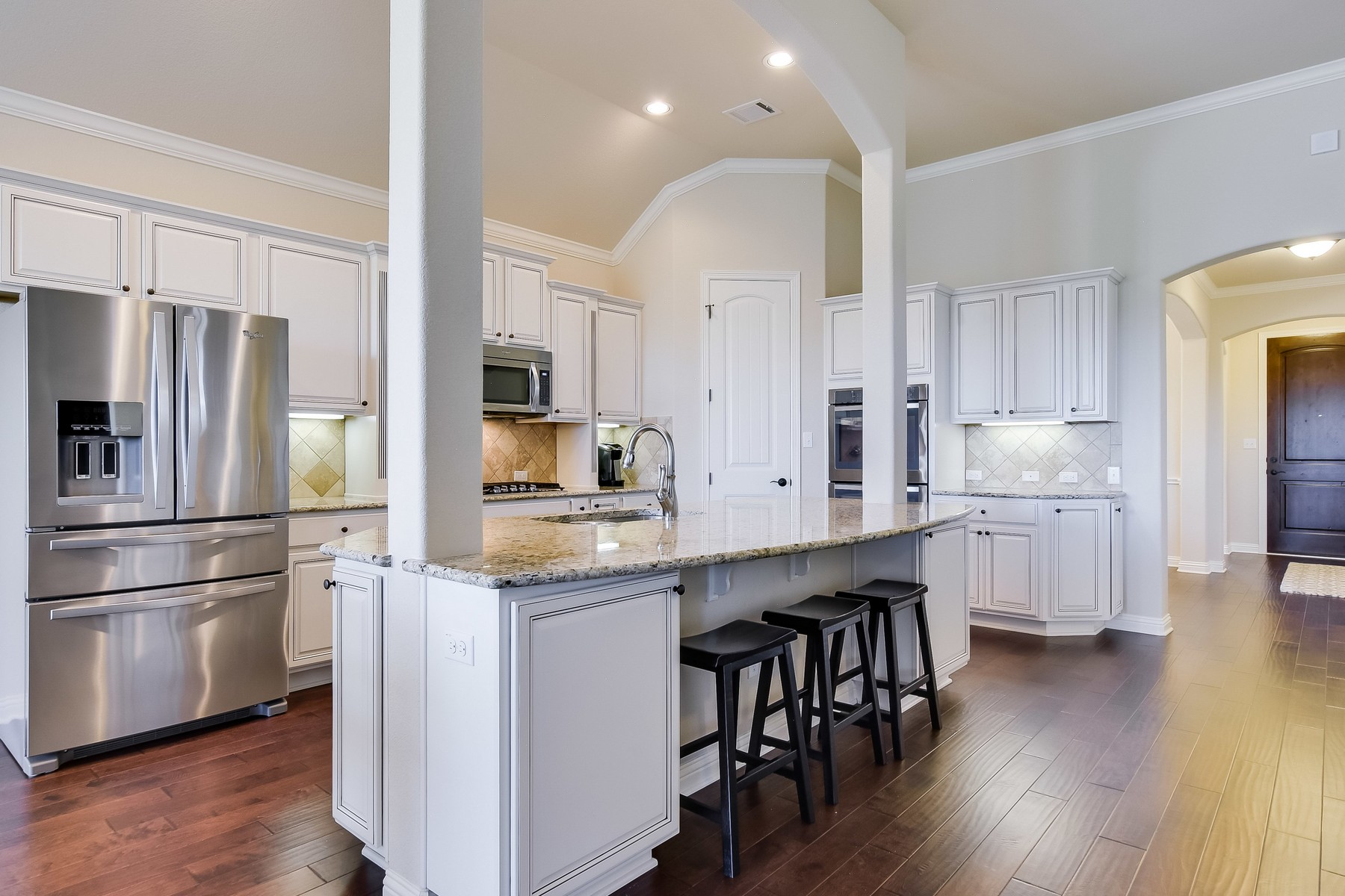 Additional photo for property listing at Amazing Stone and Stucco Grand Haven Home 2017 Harvest Dance Dr Leander, Texas 78641 Estados Unidos