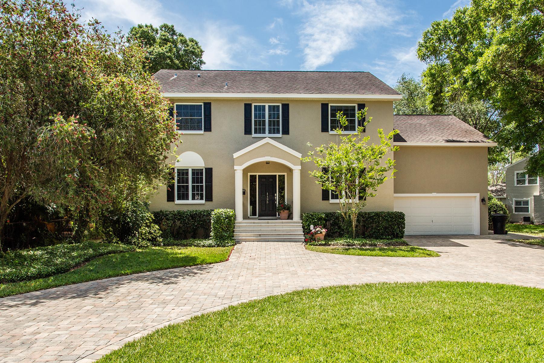 独户住宅 为 销售 在 SNELL ISLE 1135 Monterey Blvd NE 圣彼得堡, 佛罗里达州, 33704 美国