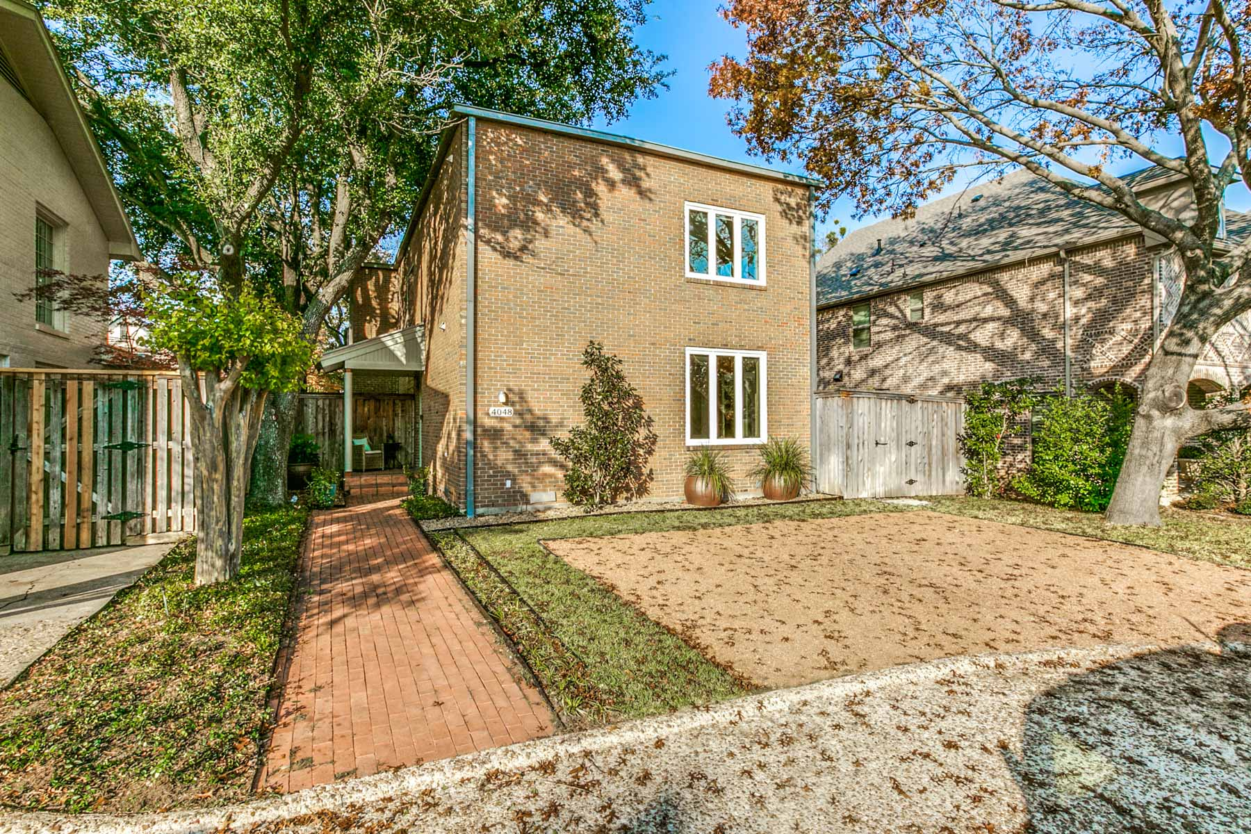 Single Family Home for Sale at 4048 Lovers Lane, UNIVERSITY PARK 4048 Lovers Ln University Park, Texas, 75225 United States