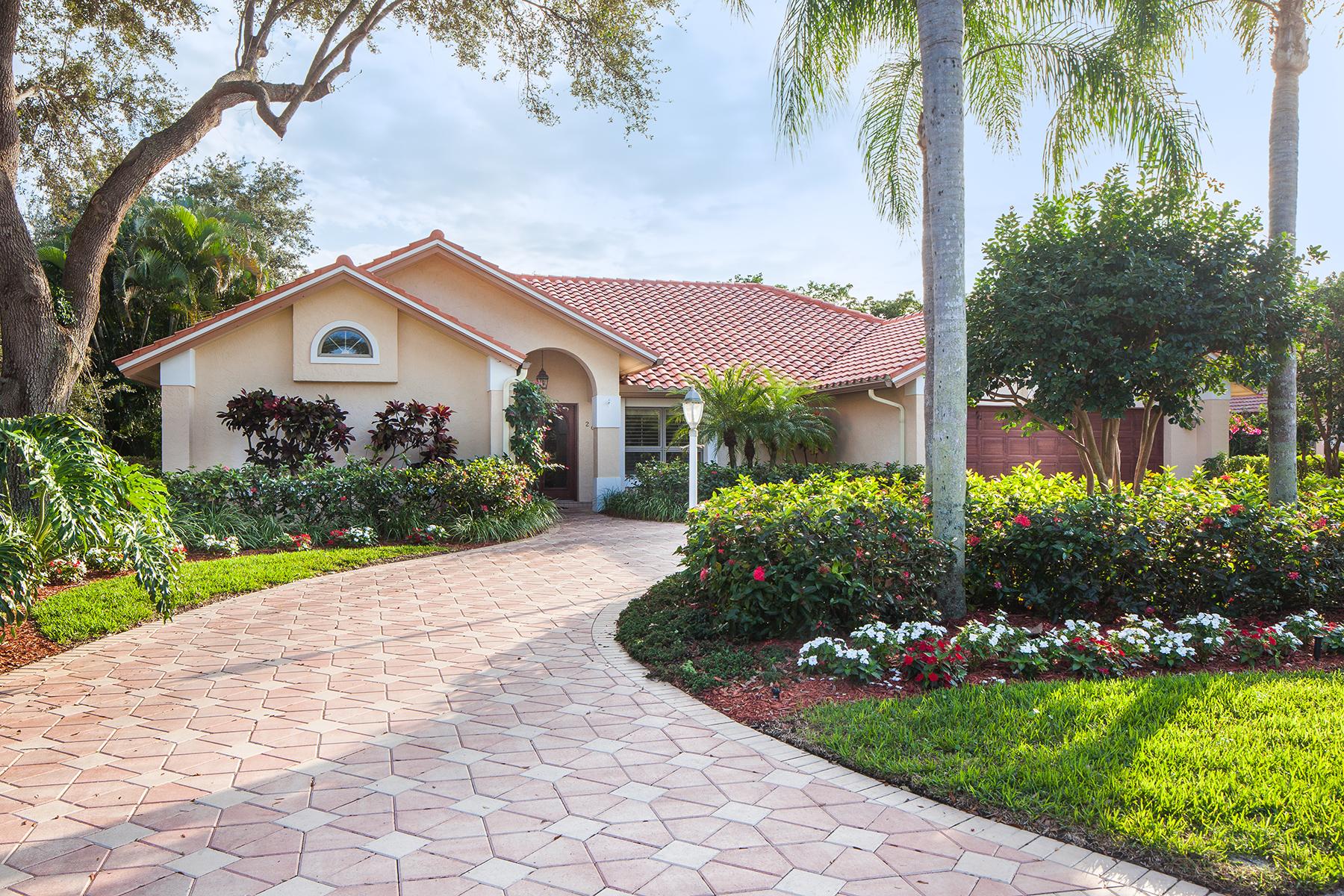 단독 가정 주택 용 매매 에 MONTEREY 2060 Laguna Way Naples, 플로리다 34109 미국