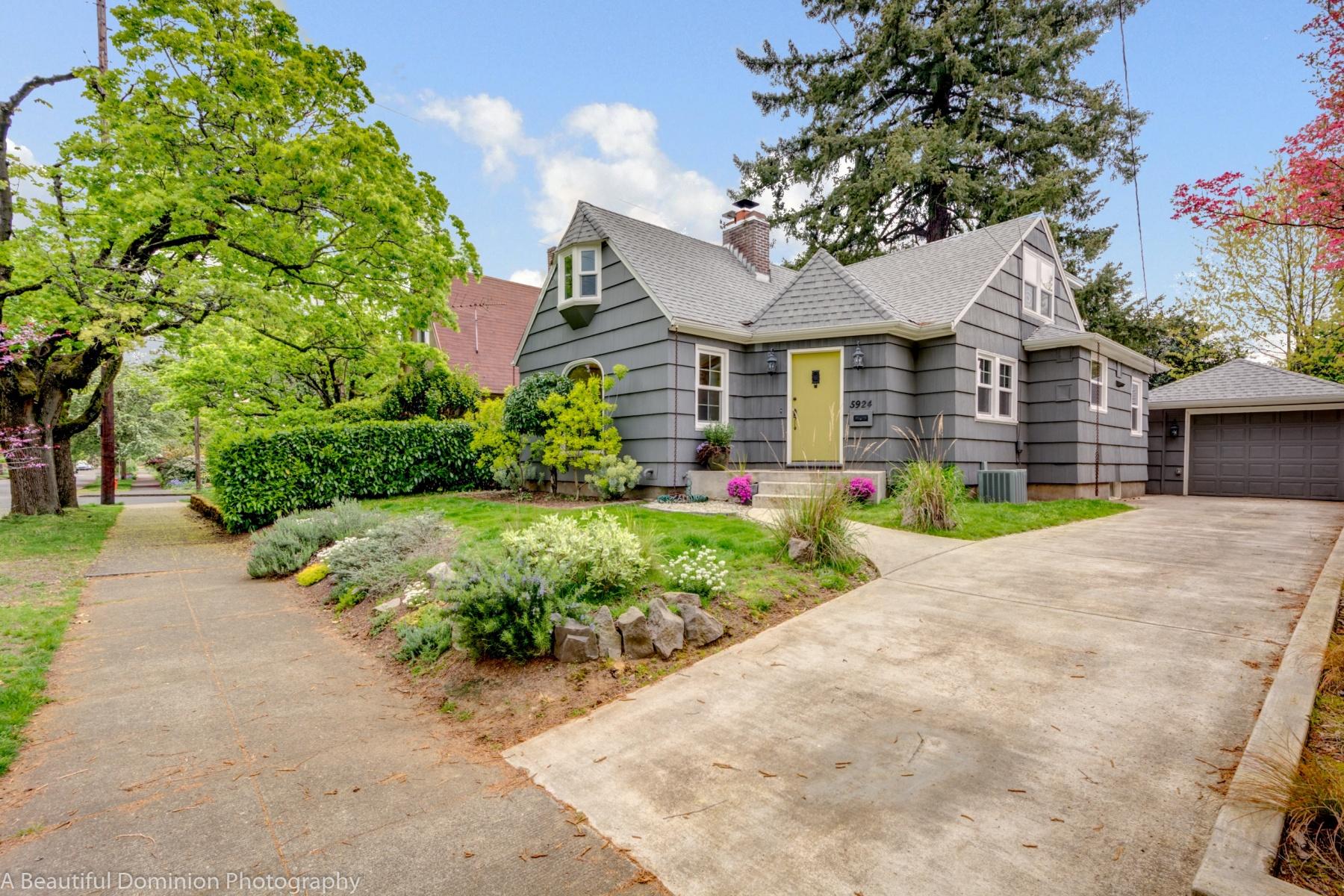 独户住宅 为 销售 在 5924 N VILLARD, PORTLAND 5924 N VILLARD Ave 波特兰, 俄勒冈州, 97217 美国