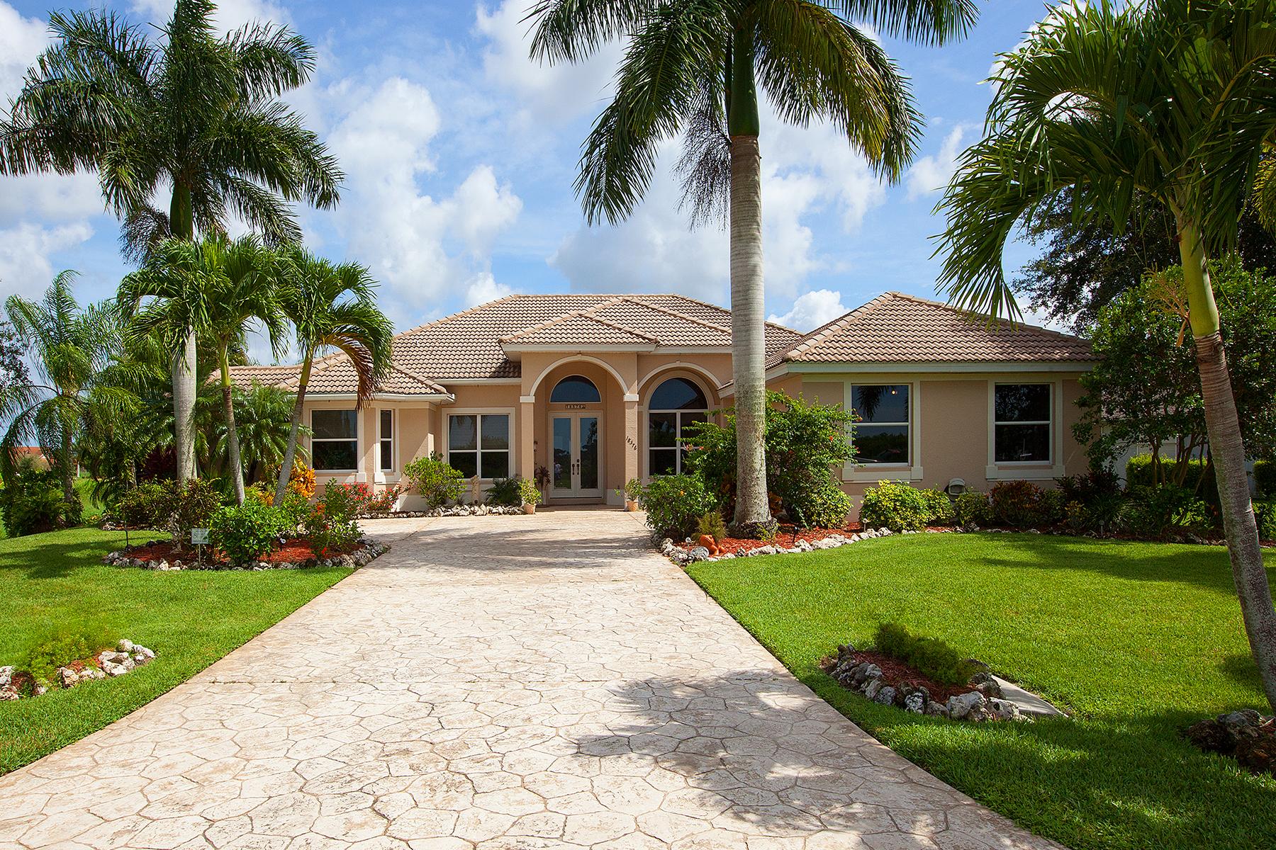 Maison unifamiliale pour l Vente à NAPLES - ROYAL PALM GOLF ESTATES 18576 Royal Hammock Blvd Naples, Florida 34114 États-Unis
