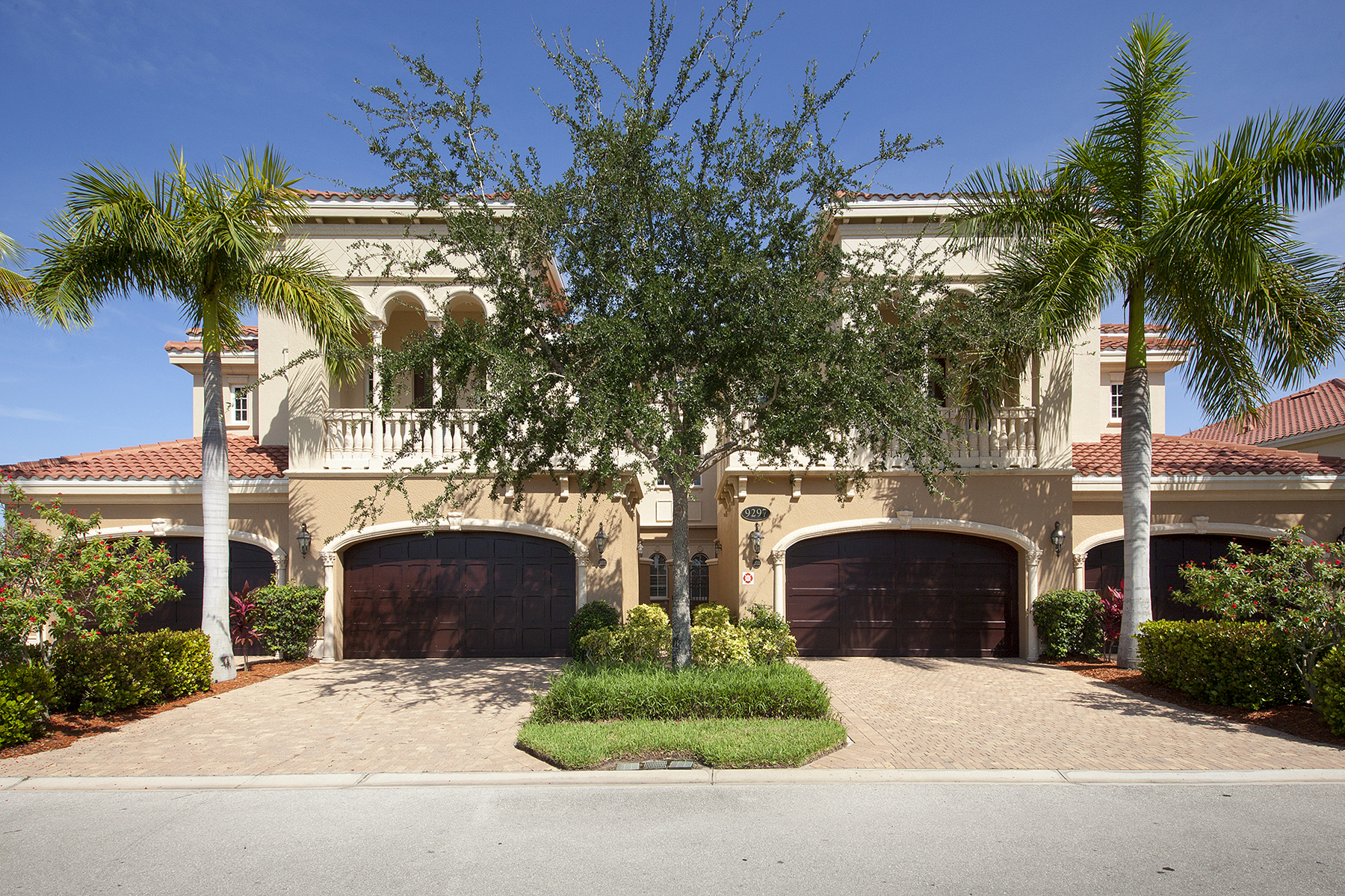 Property For Sale at FIDDLER'S CREEK - MENAGGIO