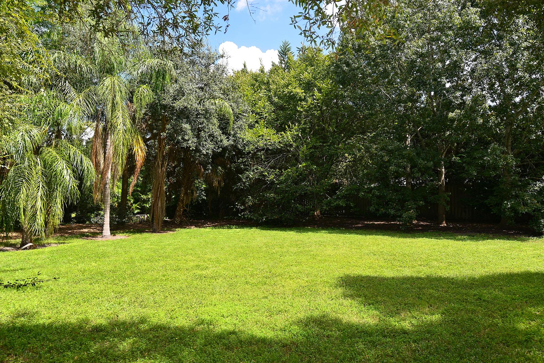 Land for Sale at FIELD CLUB Ivanhoe St 0 Sarasota, Florida, 34231 United States