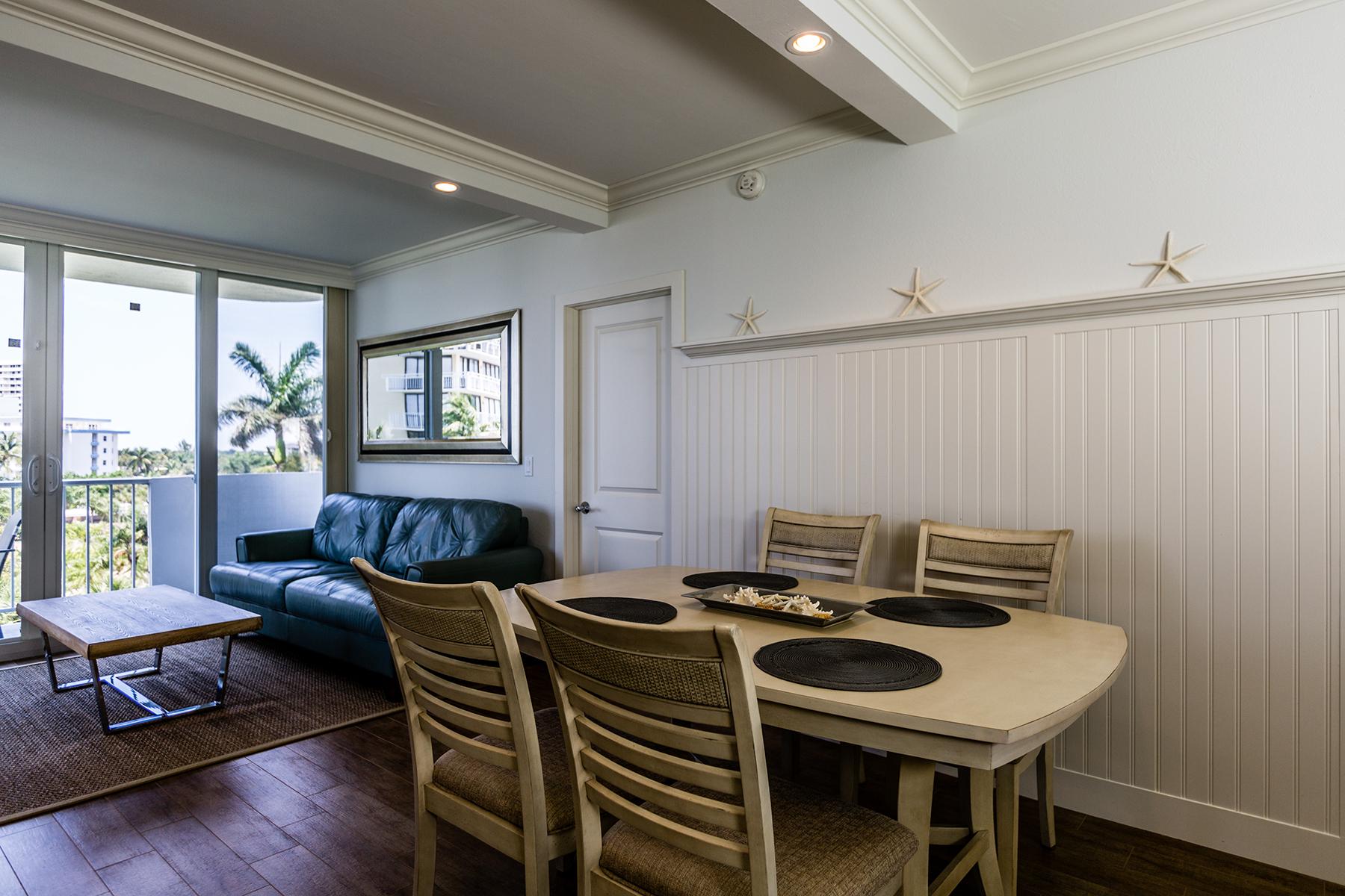 Condominio per Vendita alle ore MARCO BEACH - ADMIRALTY HOUSE 140 Seaview Ct 506N Marco Island, Florida, 34145 Stati Uniti