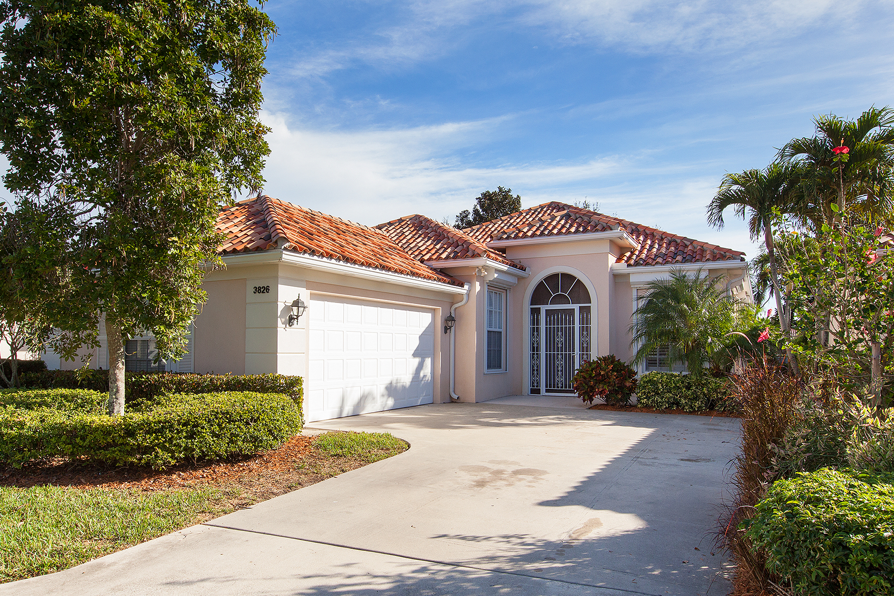Single Family Home for Sale at Naples 3826 Huelva Ct Naples, Florida, 34109 United States