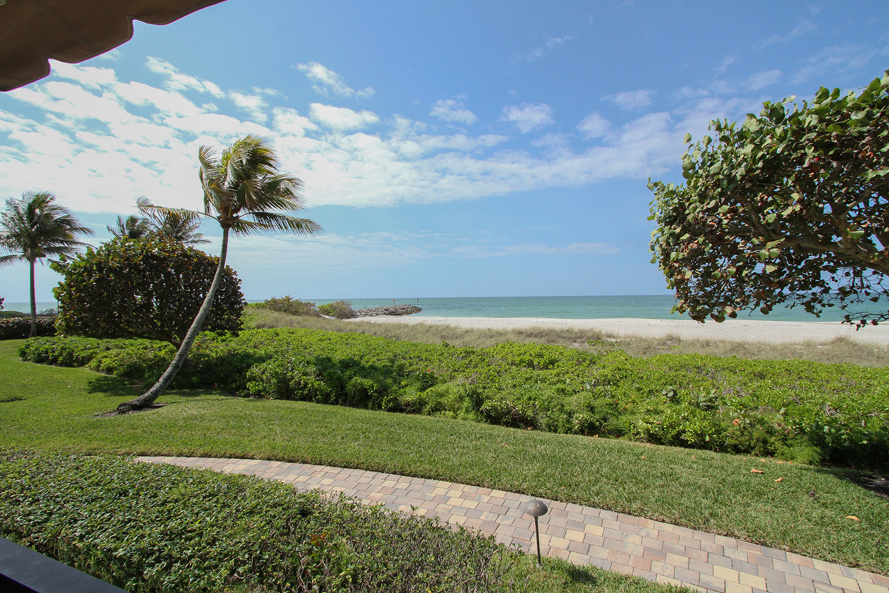 Condominium for Rent at MOORINGS-ADMIRALTY POINT 2357 Gulf Shore Blvd N 107, Naples, Florida 34103 United States