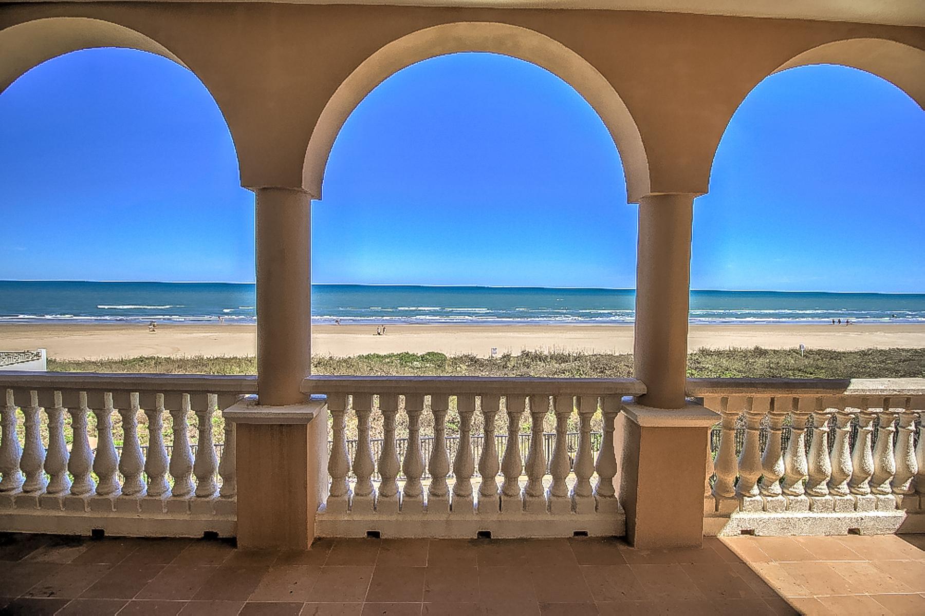 Vivienda unifamiliar por un Venta en Stunning Ocean Front Home 6516 Beach Dr South Padre Island, Texas 78597 Estados Unidos