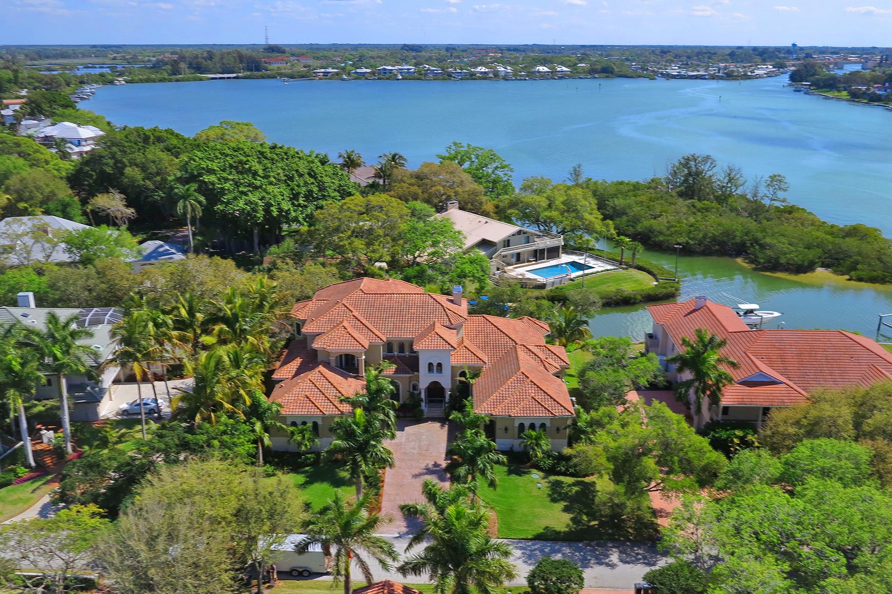 Casa para uma família para Venda às 457 Anchorage Dr , Nokomis, FL 34275 457 Anchorage Dr Nokomis, Florida, 34275 Estados Unidos