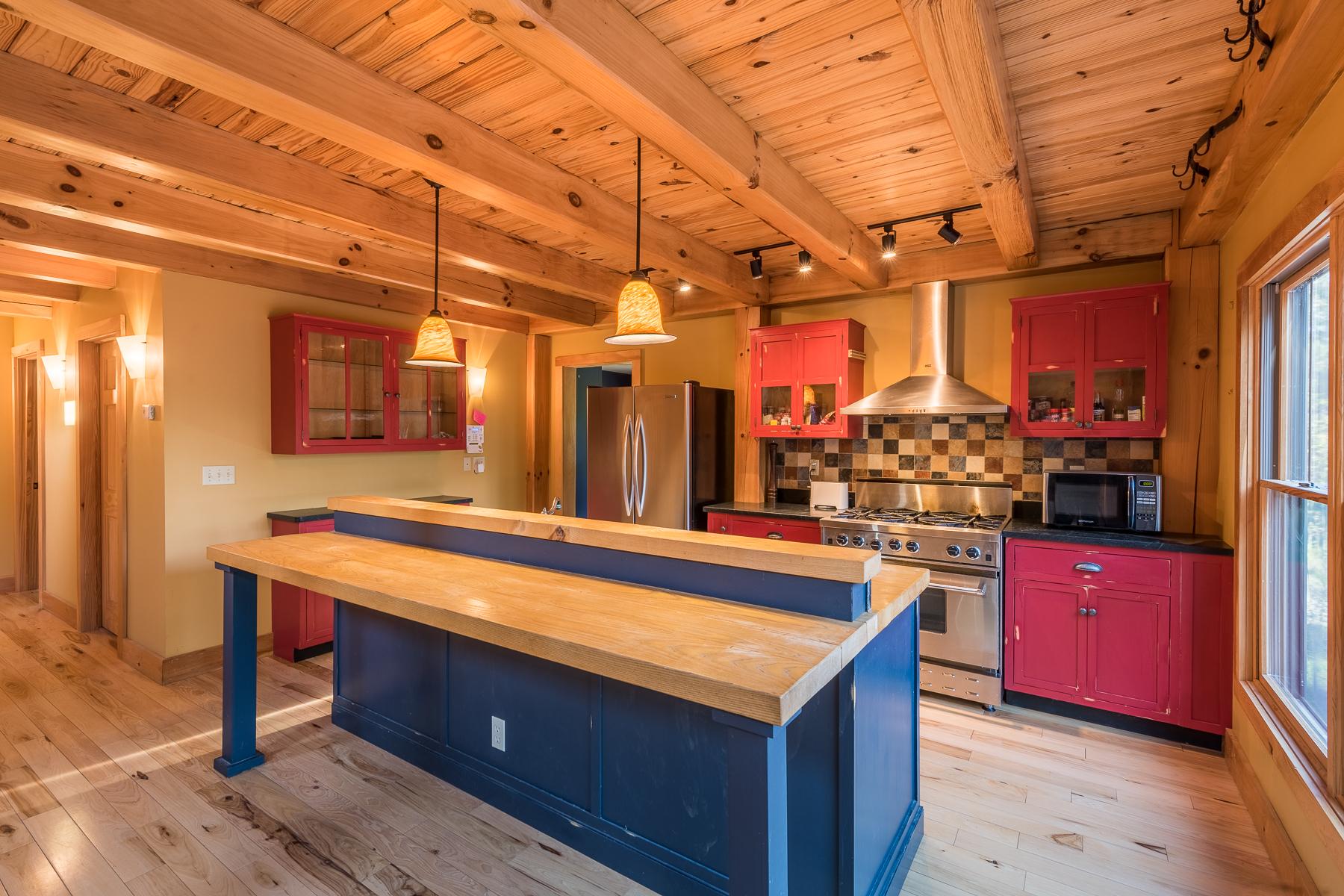 Additional photo for property listing at Fly Creek Jewel 311  Tripp Hill Rd. Fly Creek, Нью-Йорк 13337 Соединенные Штаты