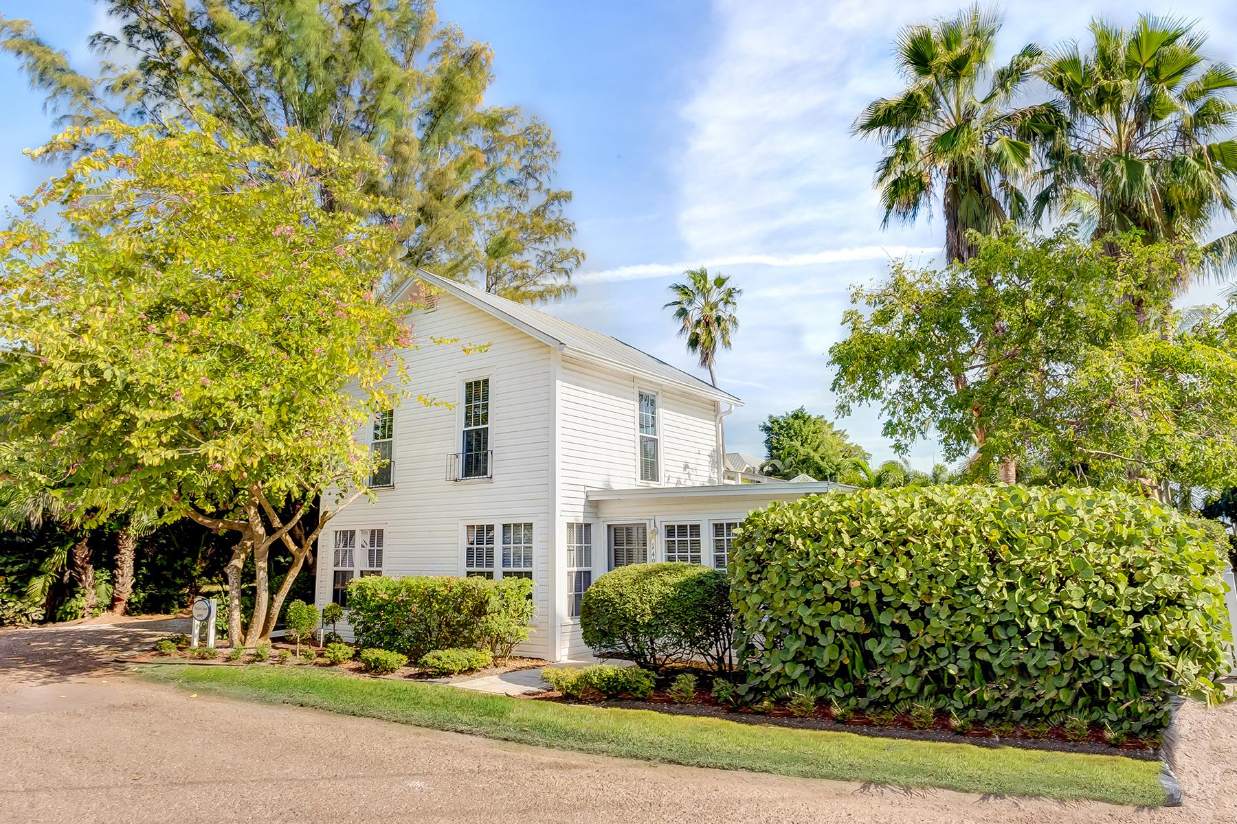 Casa Unifamiliar por un Venta en CAPTIVA 14981 Binder Dr Captiva, Florida 33924 Estados Unidos