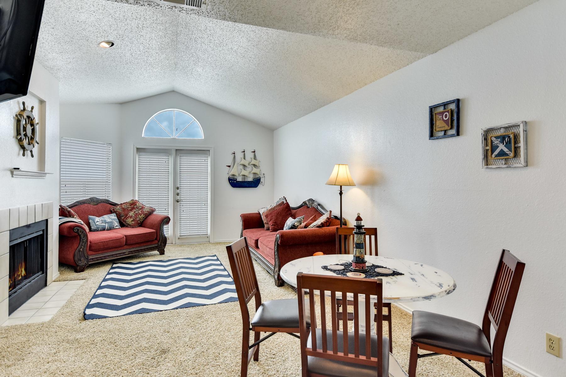 Condominio por un Venta en Incredible Condo in Corpus Christi 14721 Whitecap Blvd 366 Corpus Christi, Texas 78418 Estados Unidos