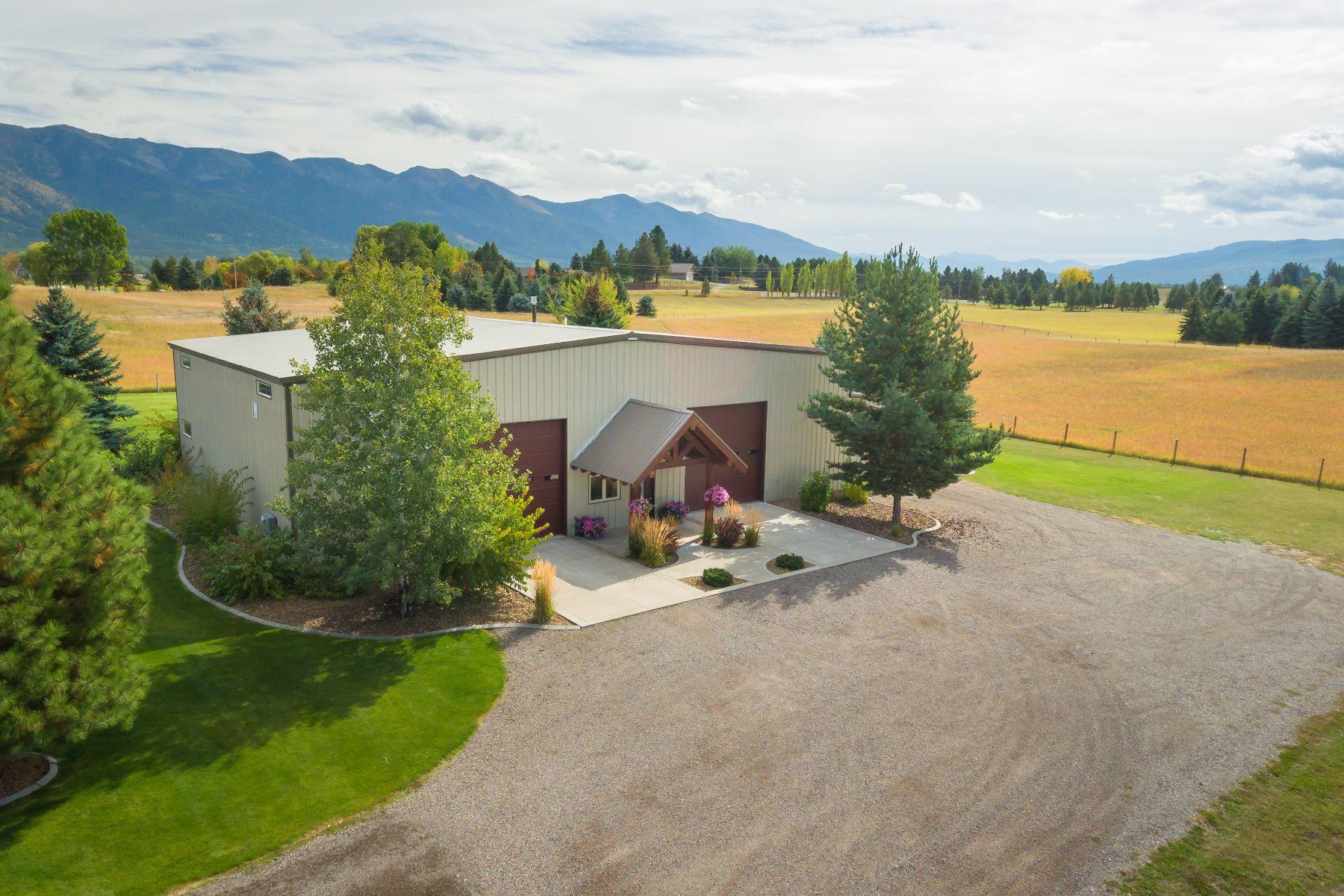 Casa para uma família para Venda às 150 Swan River Rd , Bigfork, MT 59911 150 Swan River Rd Bigfork, Montana, 59911 Estados Unidos