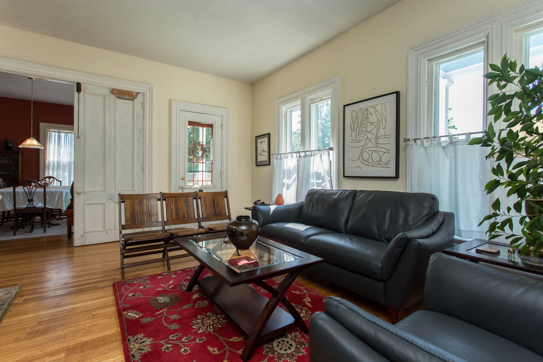 Additional photo for property listing at Stately Country Victorian 21  Filmore La Cambridge, Nueva York 12816 Estados Unidos
