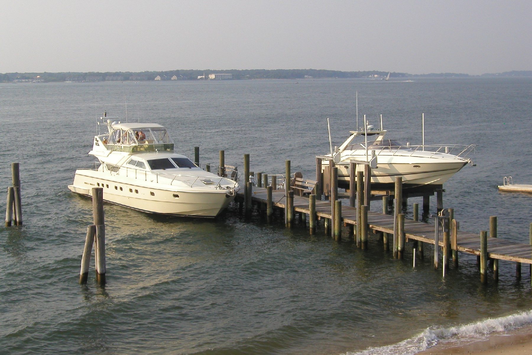 Additional photo for property listing at 44 Manhanset Rd 44  Manhanset Rd Shelter Island, New York 11964 United States