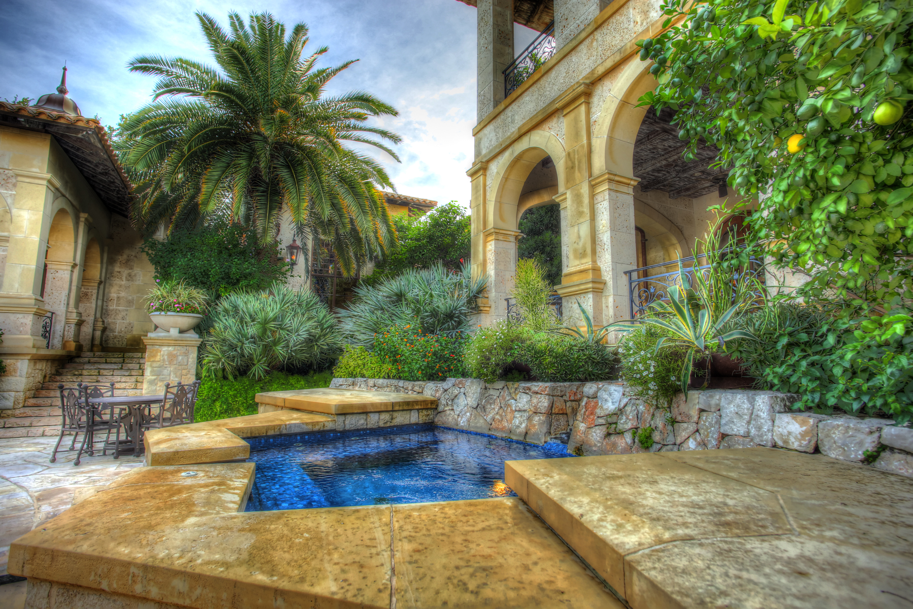 Additional photo for property listing at Palazzo Di Campagna 425 W Bitters San Antonio, Texas 78216 United States