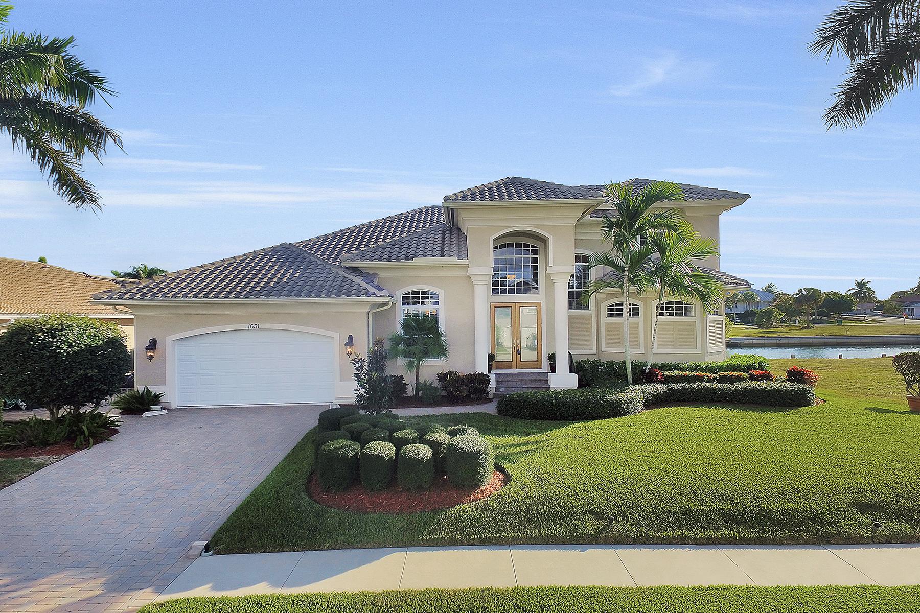 独户住宅 为 销售 在 MARCO ISLAND 1631 Begonia Ct 马可岛, 佛罗里达州, 34145 美国