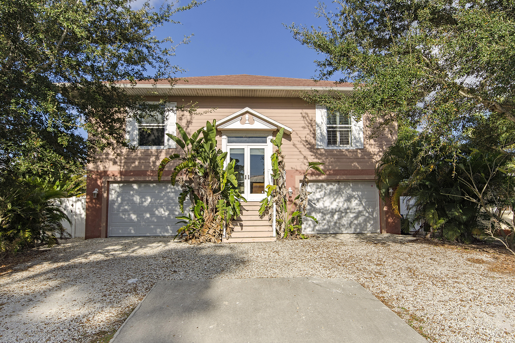 Single Family Home for Sale at INOMAH 2383 Washington Ave Naples, Florida, 34112 United States