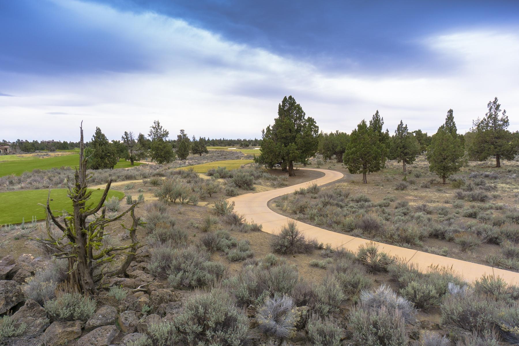 Земля для того Продажа на 23117 Watercourse Way Lot 52, BEND Bend, Орегон, 97701 Соединенные Штаты