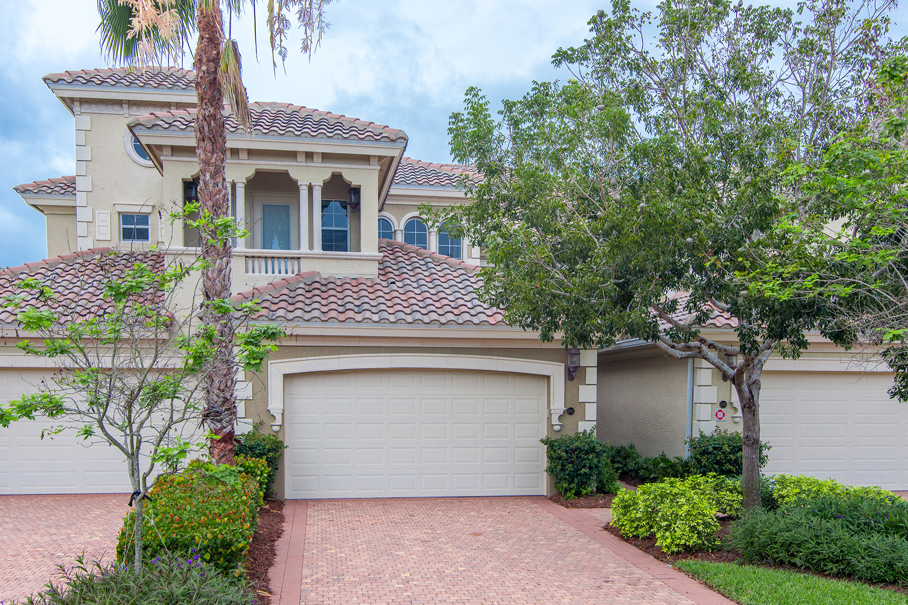 Condominium for Sale at FIDDLER'S CREEK - VARENNA 9217 Museo Cir 201 Naples, Florida, 34114 United States