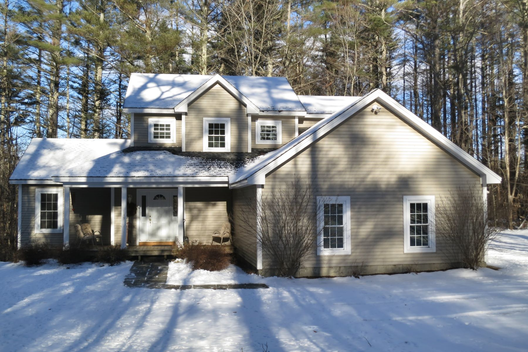 Single Family Home for Sale at 119 Adams Drive, Londonderry Londonderry, Vermont, 05148 United States