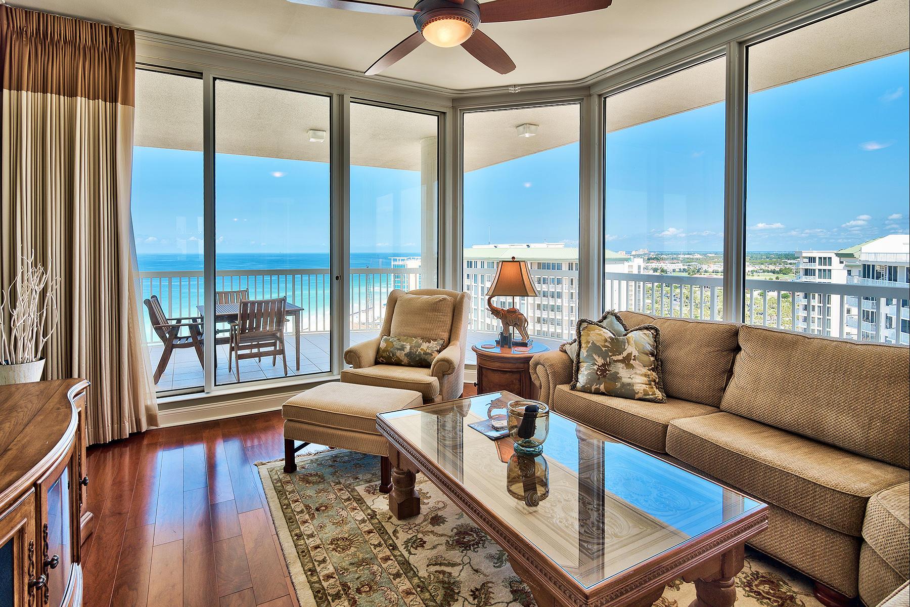 共管物業 為 出售 在 Corner Penthouse With Unsurpassed Gulf Views 15400 Emerald Coast Parkway PH8A Destin, 佛羅里達州, 32541 美國
