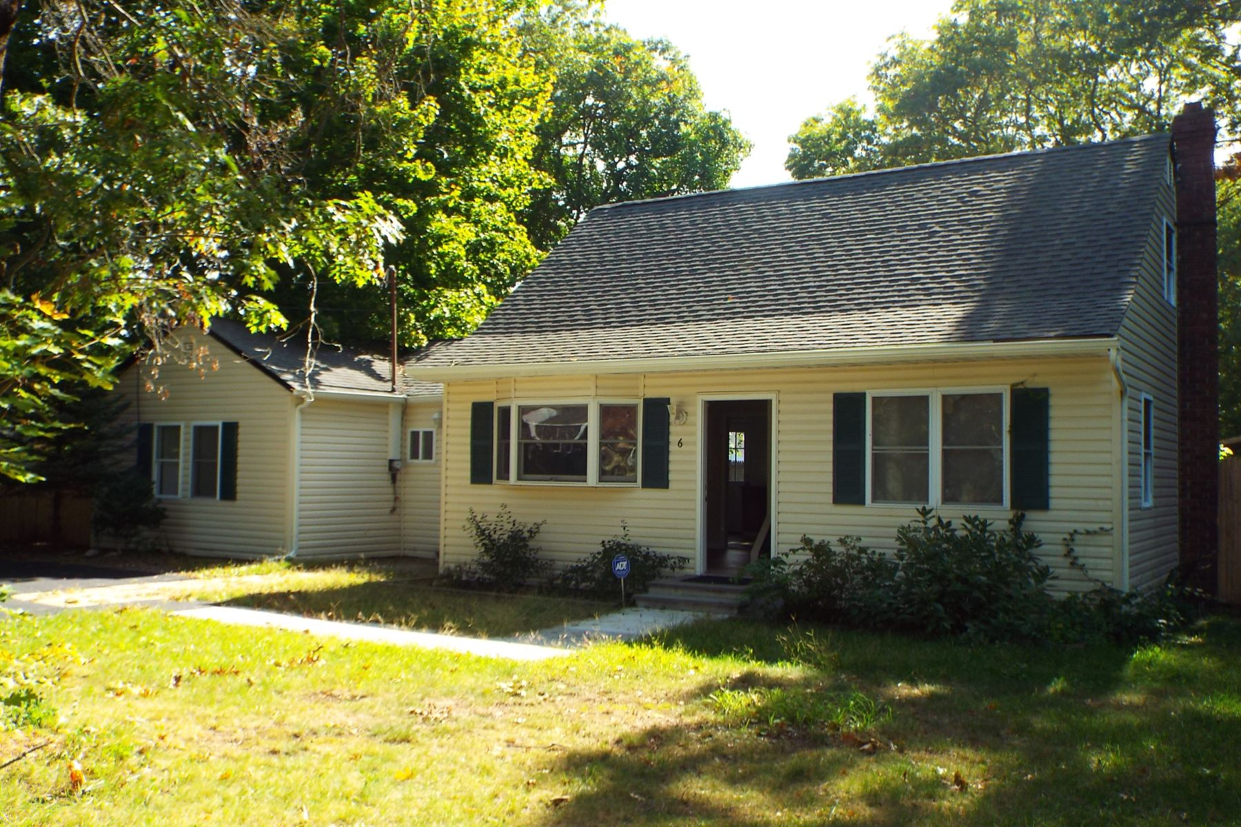 Single Family Home for Sale at Totally Renovated Cape 6 Elm Pl Mastic, New York 11950 United States
