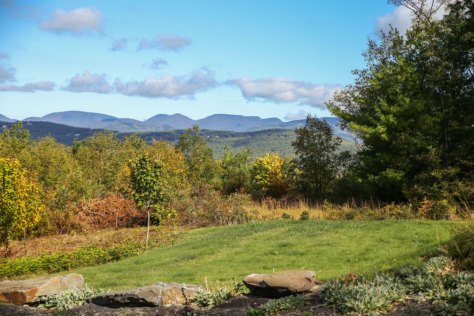 Additional photo for property listing at Spectacular View of Ashokan Reservoir 1107  State Route 28a West Hurley, New York 12491 United States