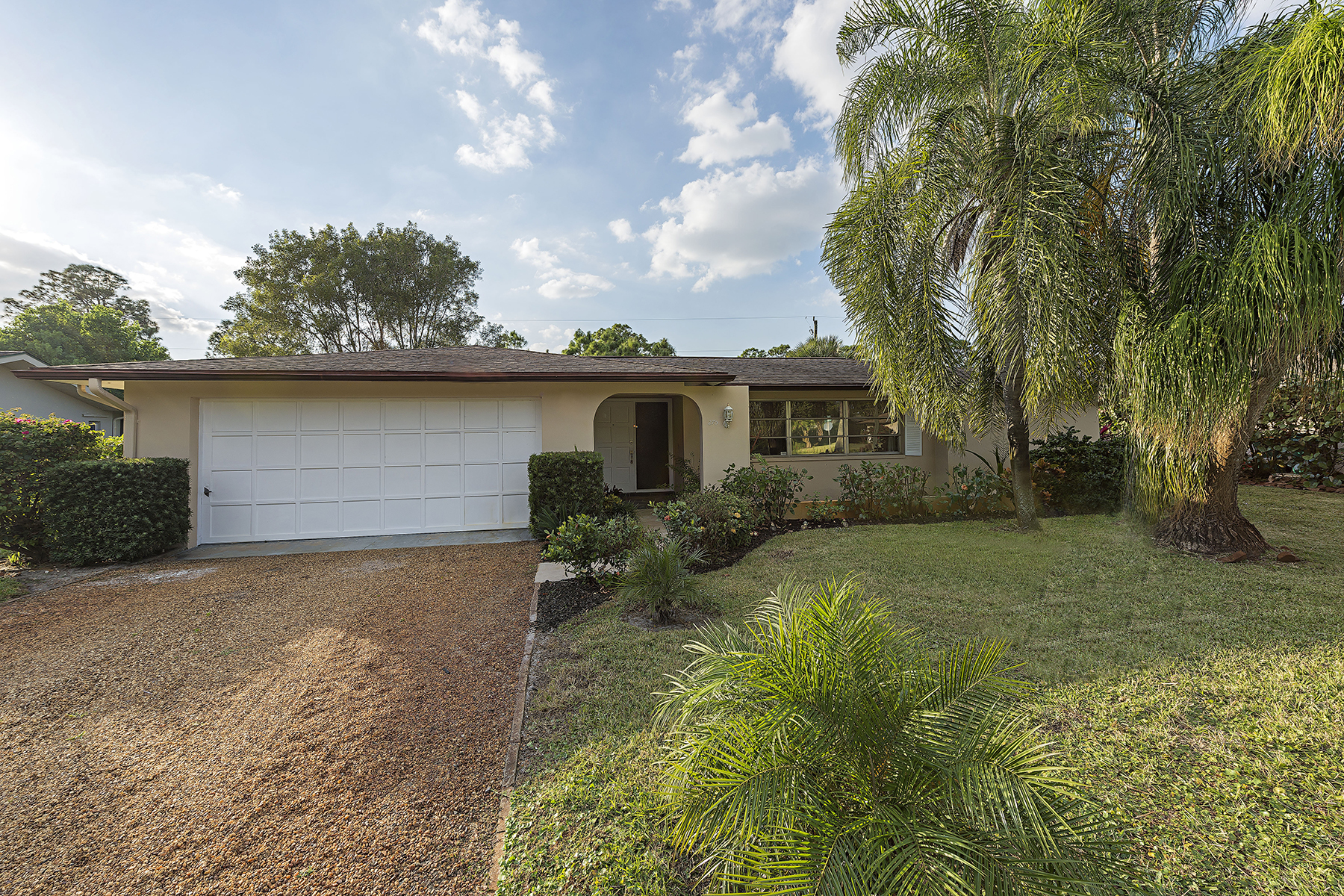 Single Family Home for Sale at PALM RIVER 275 Cypress Way W Naples, Florida, 34110 United States