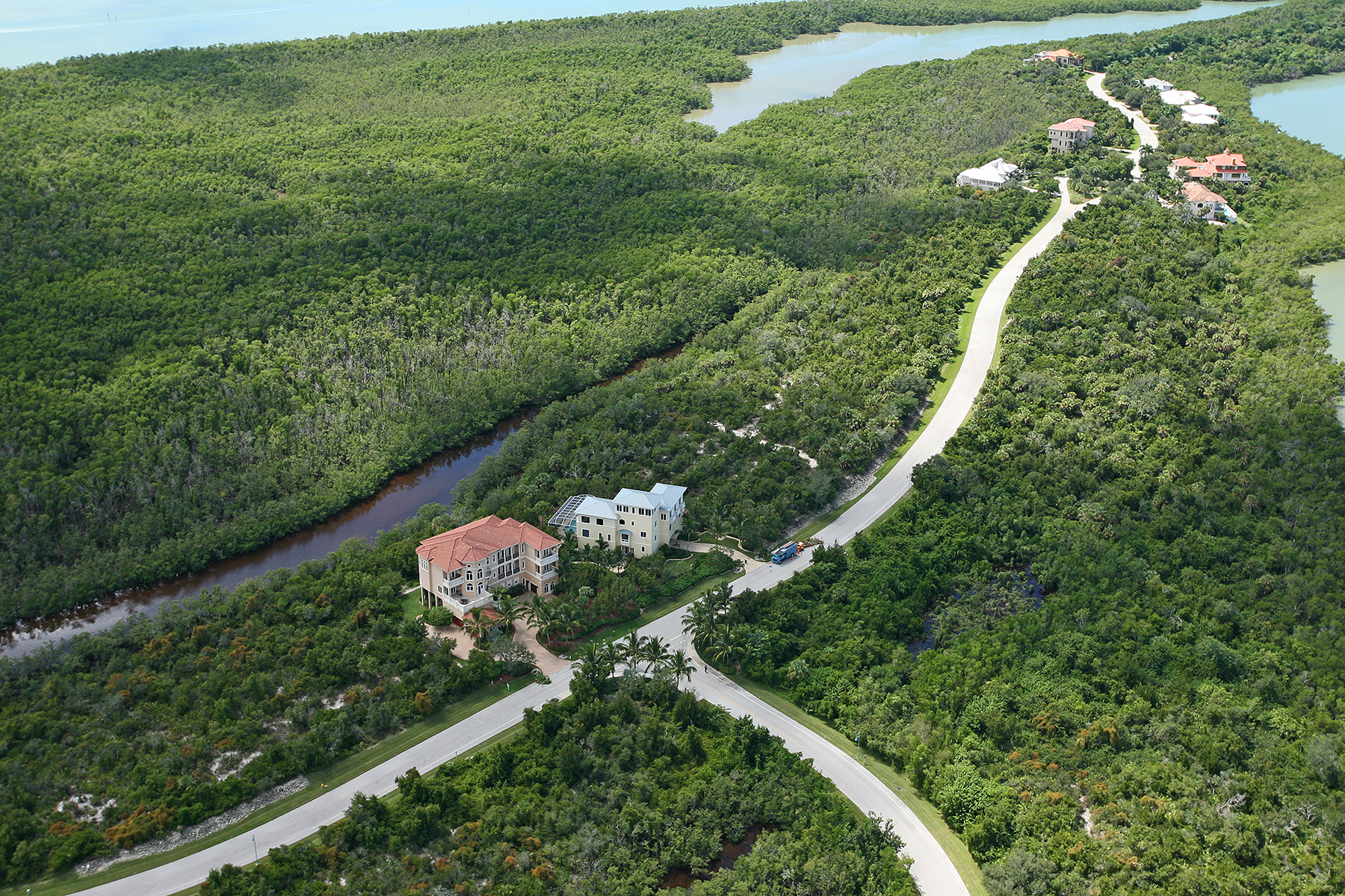 Terrain pour l Vente à KEY MARCO 1071 Blue Hill Creek Dr Marco Island, Florida, 34145 États-Unis