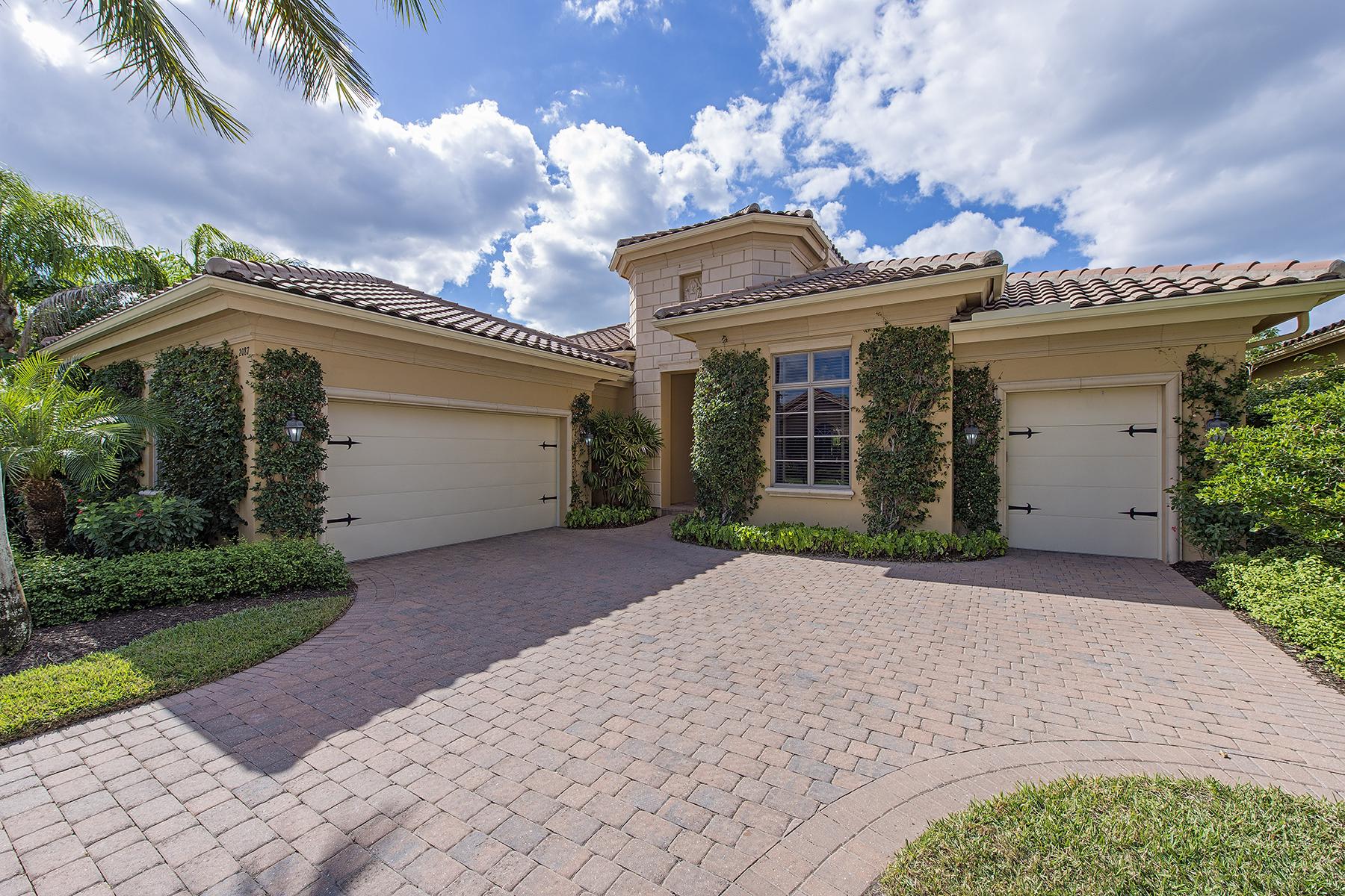 단독 가정 주택 용 매매 에 GREY OAKS - TORINO 2087 Rivoli Ct Naples, 플로리다, 34105 미국