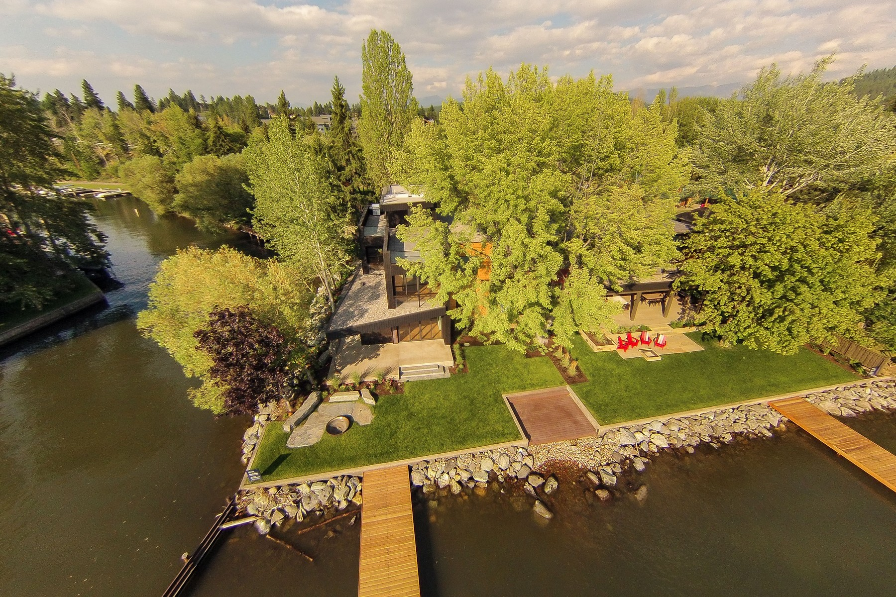 Additional photo for property listing at Rivers End 68  Rivers Bigfork, Montana 59911 United States