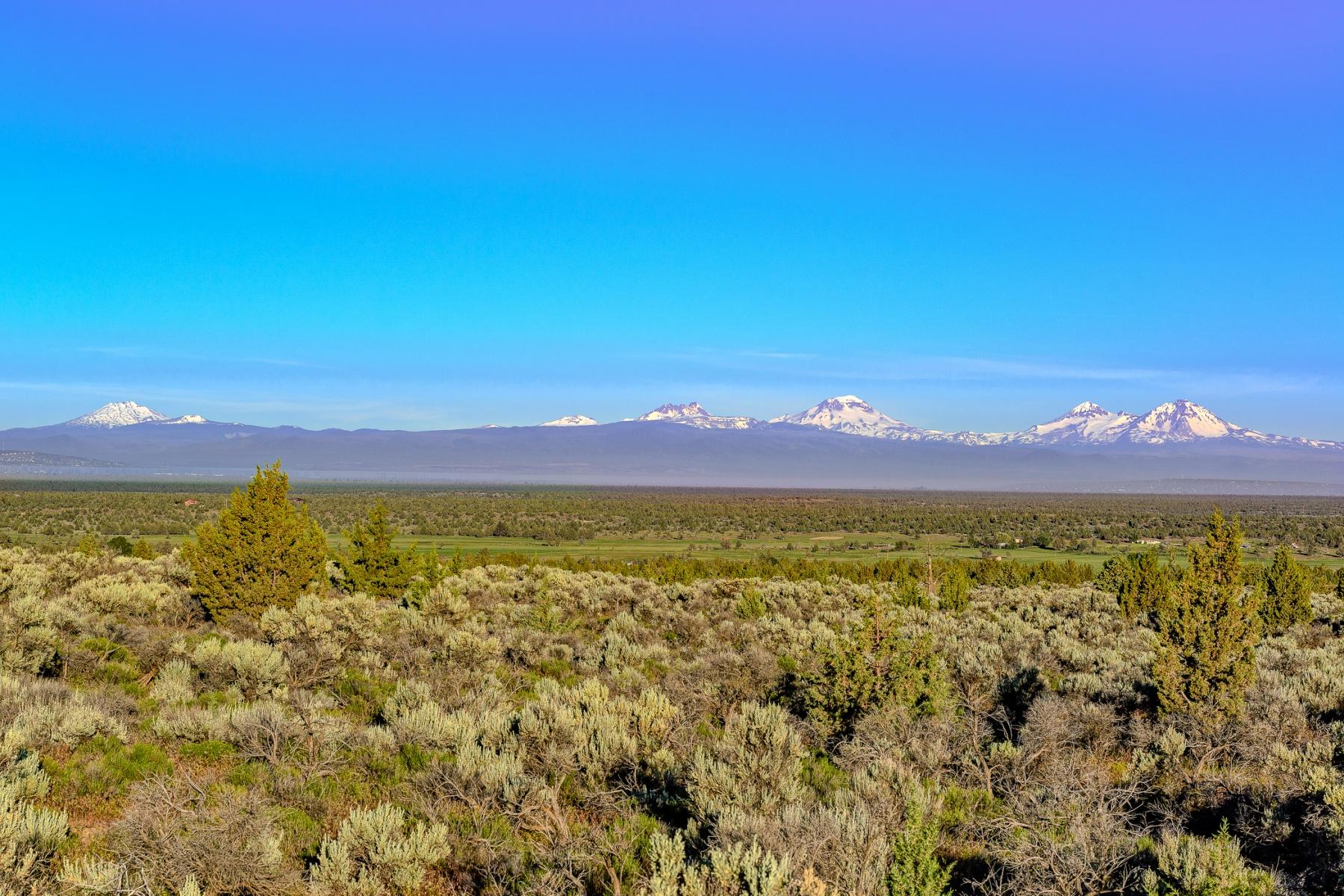 Terrain pour l Vente à 5 Acre View Properties 3 Hahlen Ave Powell Butte, Oregon, 97754 États-Unis