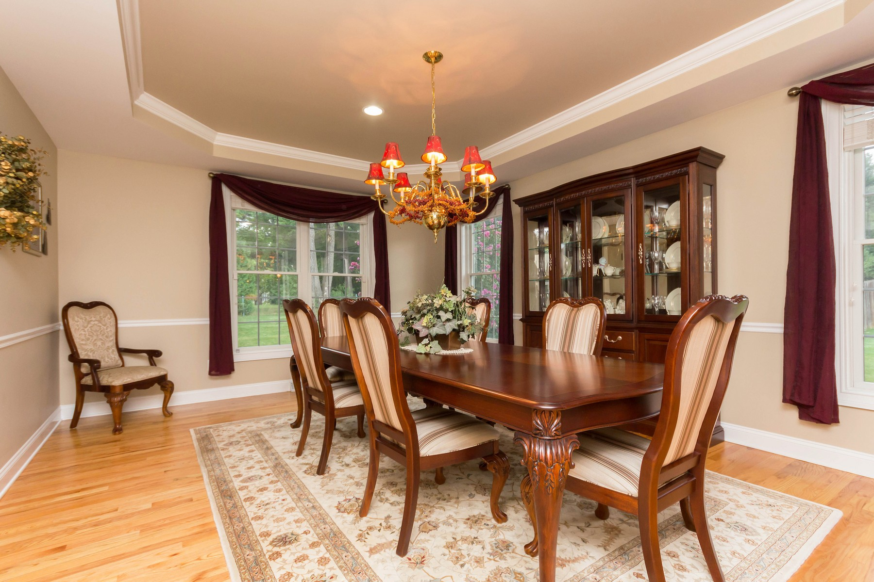 Additional photo for property listing at Edison Woods 220  Menlo Park Rd Niskayuna, 纽约州 12309 美国