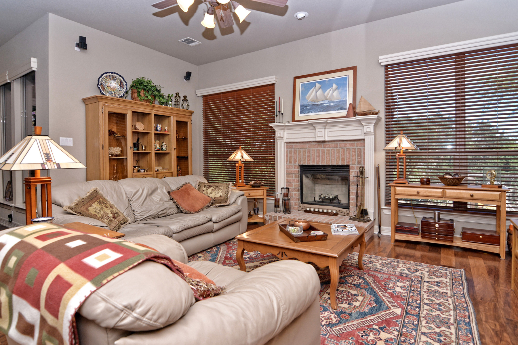 Additional photo for property listing at Gorgeous Home in Cavalo Creek Estates 21502 Roan Chase San Antonio, Texas 78259 Estados Unidos
