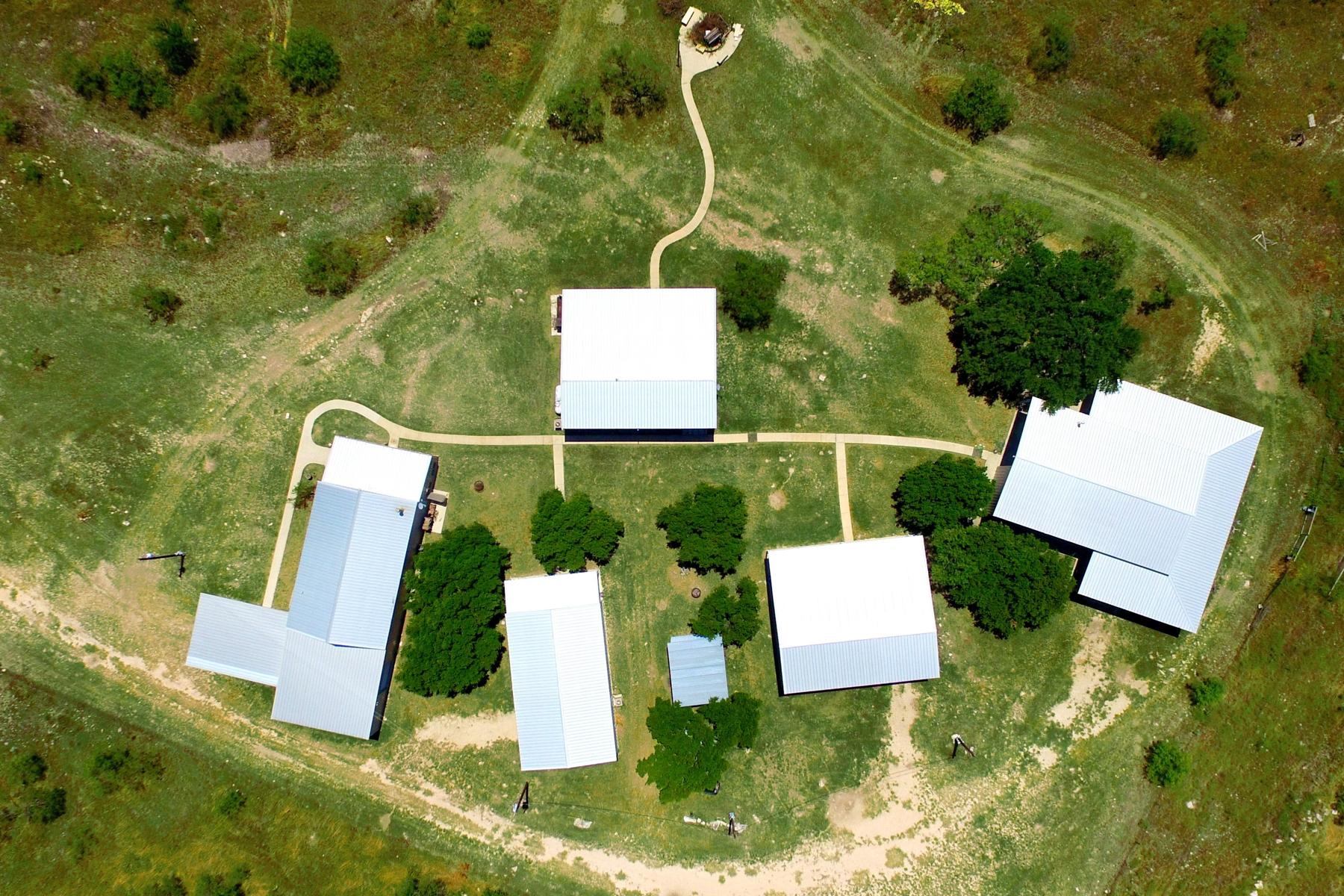 Additional photo for property listing at 924+/- Acres Broken Blade Ranch 23815 Norman Rd Menard, Texas 76859 Estados Unidos