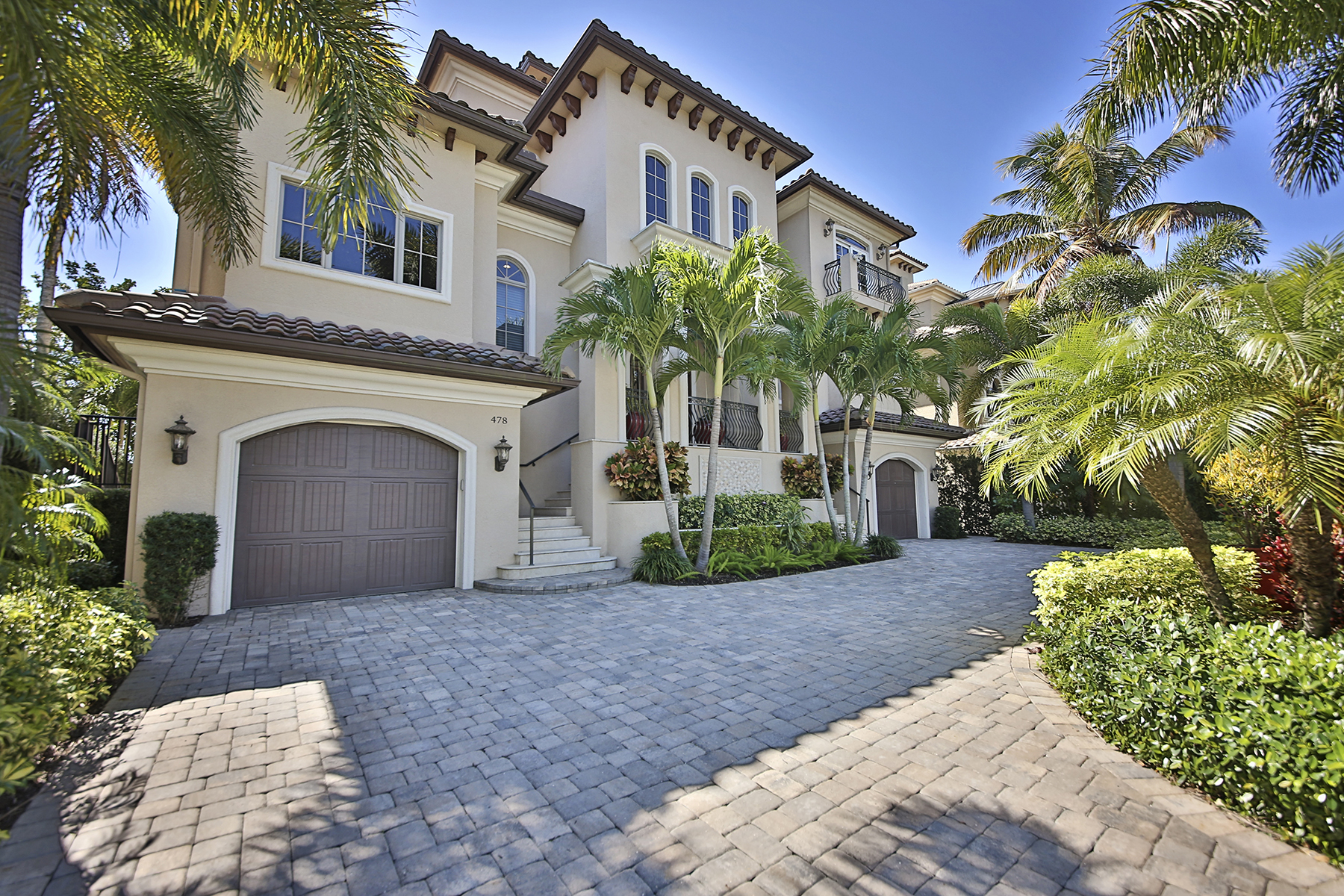 Additional photo for property listing at VANDERBILT BEACH - CONNERS 478  Willet Ave Naples, Florida 34108 United States
