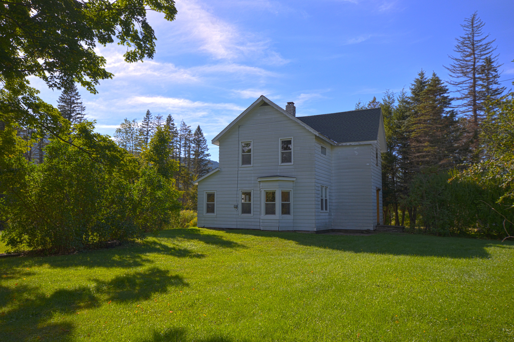 Additional photo for property listing at Farm House With Incredible View of Schoharie Creek 9093  Route 23a Jewett, Нью-Йорк 12444 Соединенные Штаты