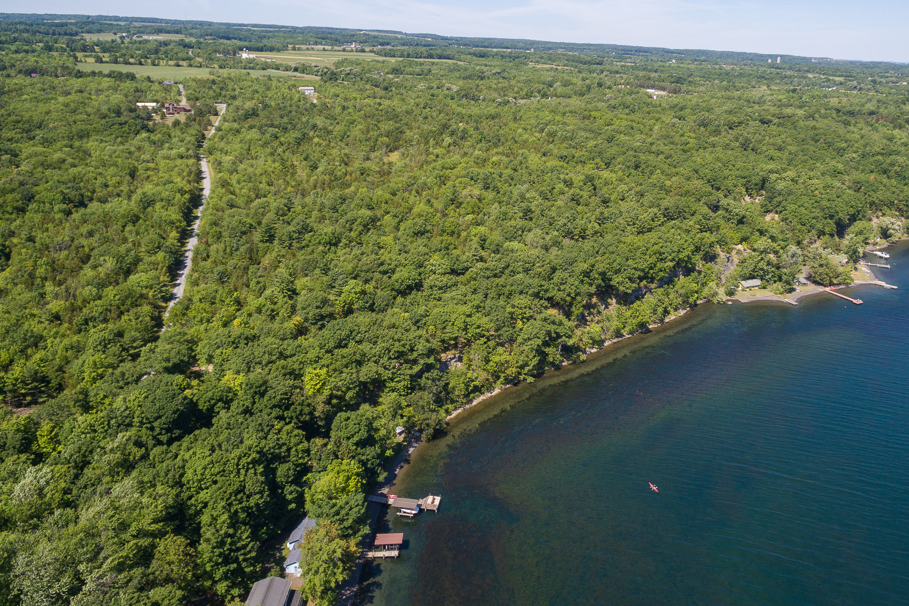 Additional photo for property listing at Seneca Lake at Juniper Point 0  Nys Route 14 Dundee, Нью-Йорк 14837 Соединенные Штаты