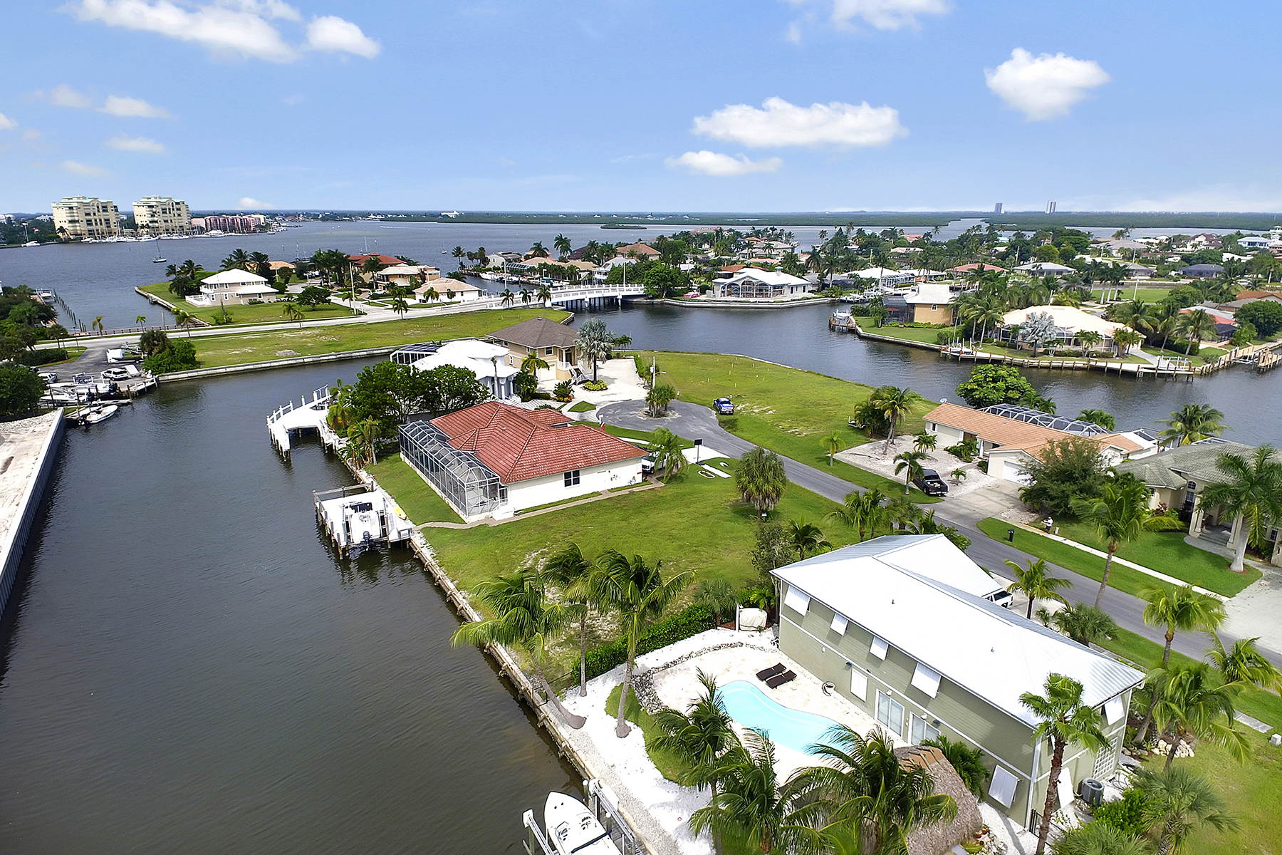 sales property at MARCO ISLAND - ROSE COURT