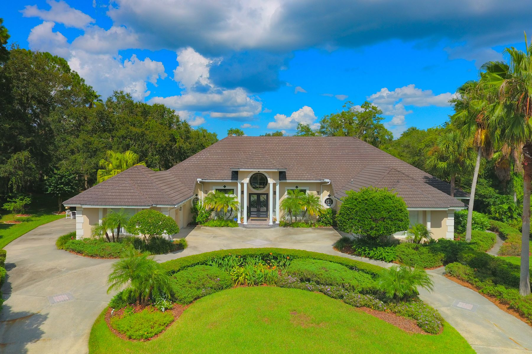 Casa para uma família para Venda às TAMPA 6210 Emmons Ln Tampa, Florida, 33647 Estados Unidos