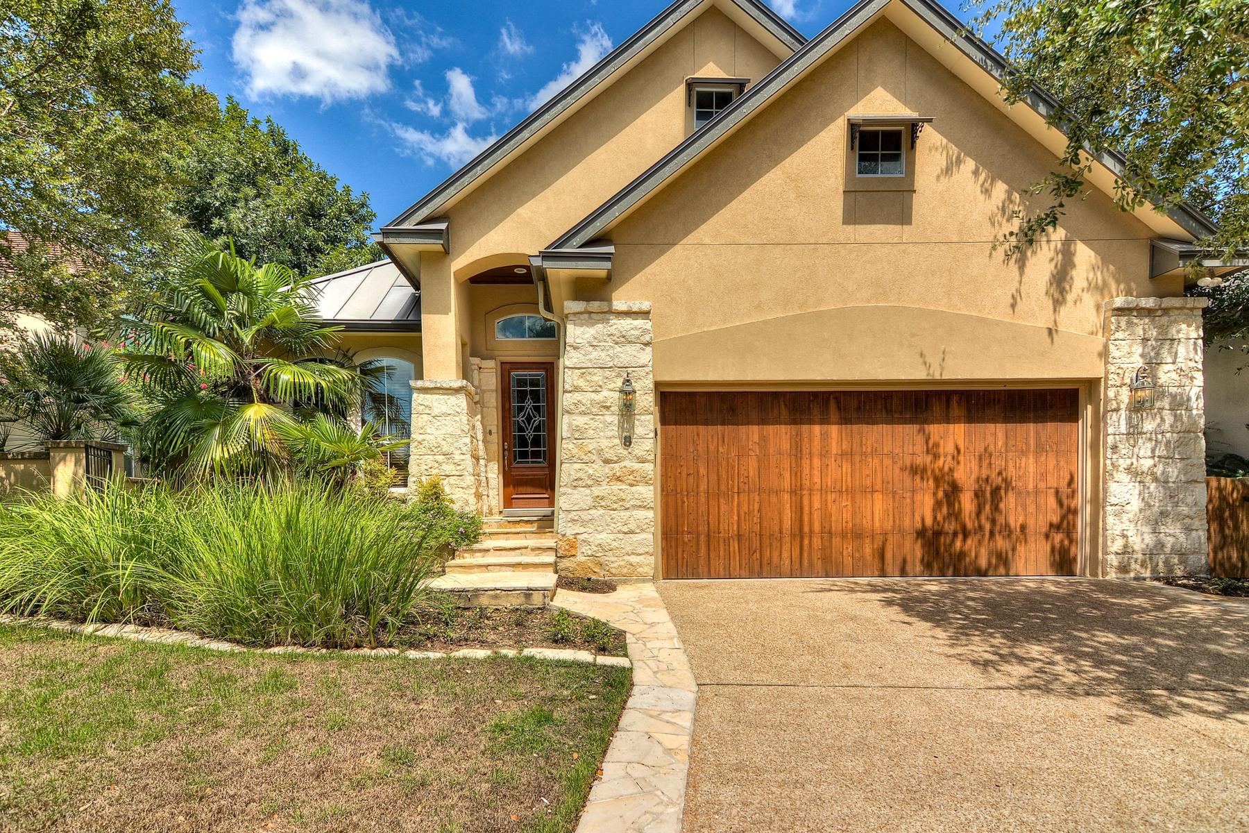 Casa Unifamiliar por un Venta en Gorgeous Gem in The Dominion 8 Worthsham Dr San Antonio, Texas 78257 Estados Unidos