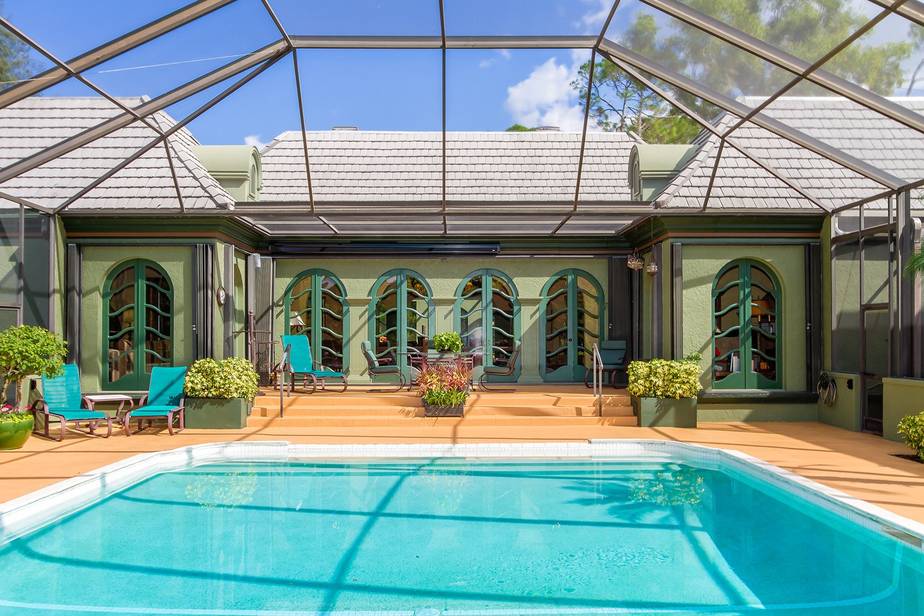 Single Family Home for Sale at QUAIL CREEK 12855 Pond Apple Dr E Quail Creek, Naples, Florida, 34119 United States