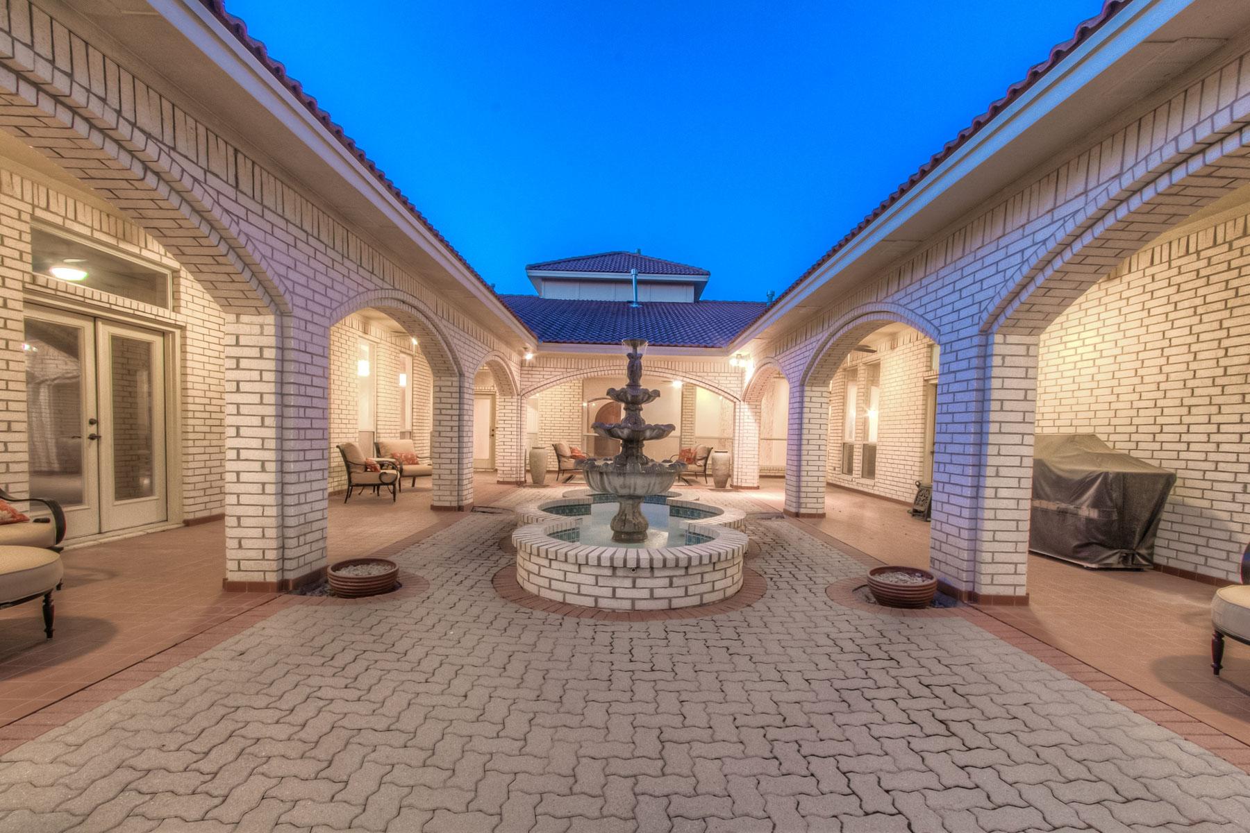 Casa Unifamiliar por un Venta en 7357 Golf Club Drive, Fort Worth Fort Worth, Texas, 76179 Estados Unidos