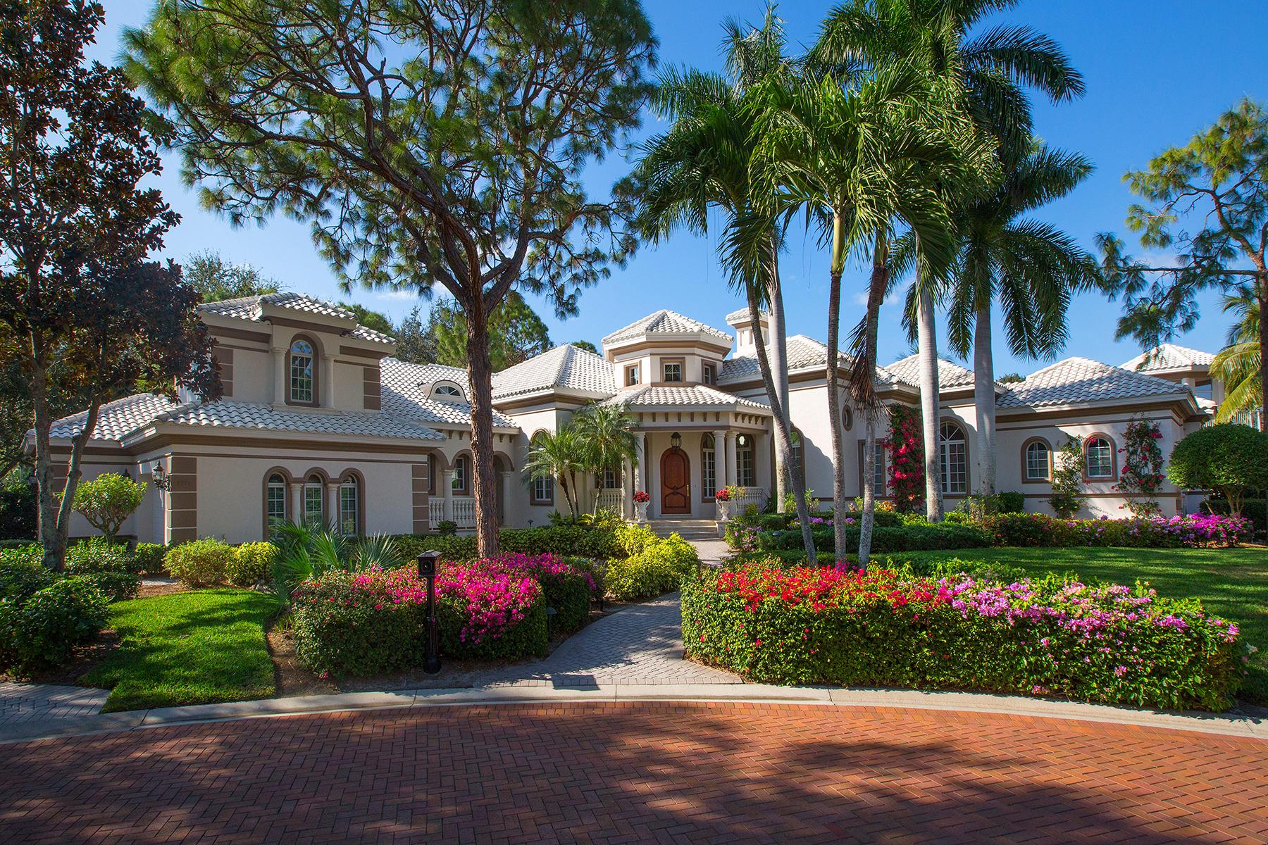 Villa per Vendita alle ore 9771 Niblick Ln , Naples, FL 34108 9771 Niblick Ln Naples, Florida, 34108 Stati Uniti