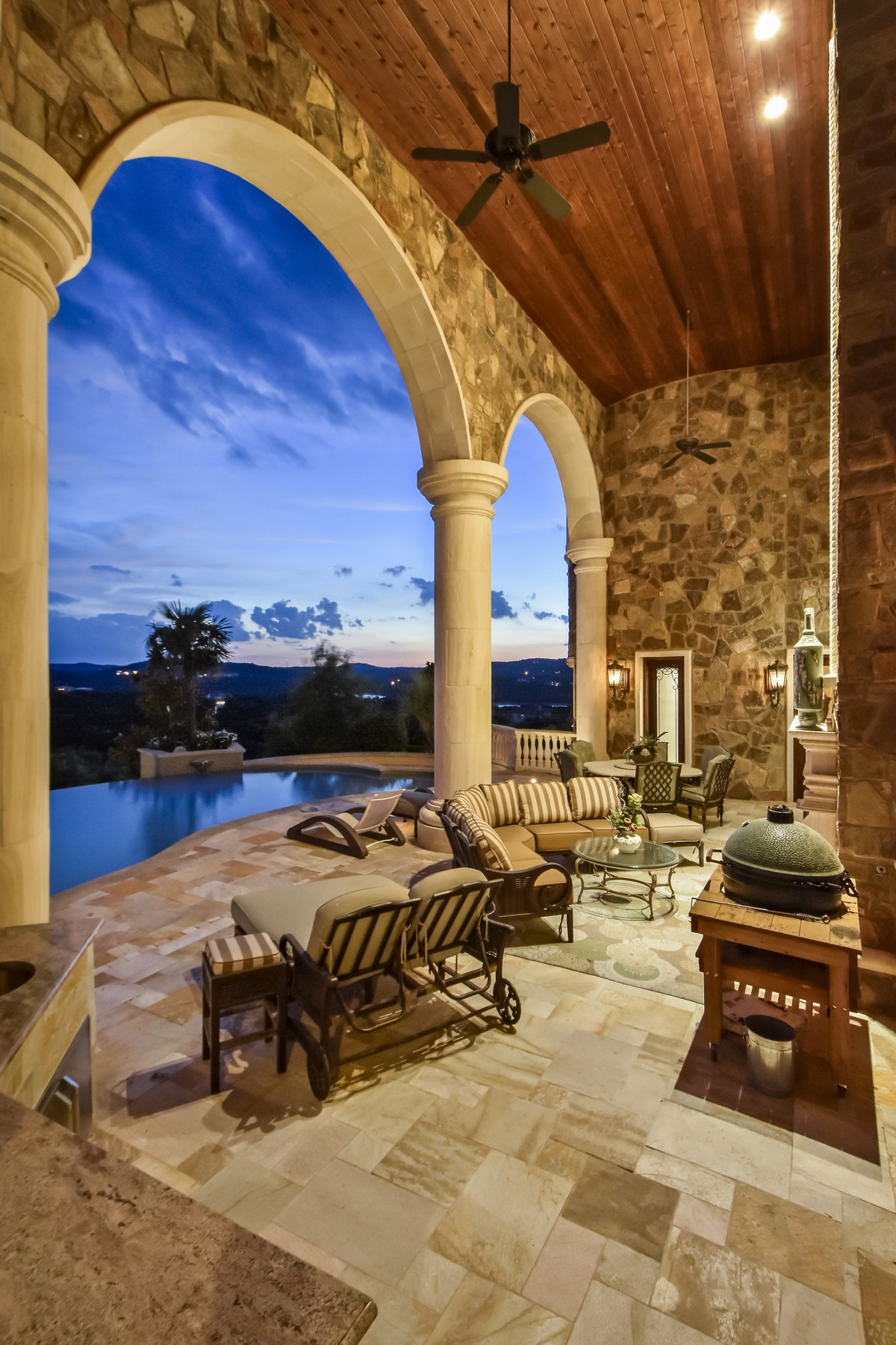 Additional photo for property listing at Tuscan Villa with Amazing Lake Travis Views 8319 Lime Creek Rd Austin, Texas 78641 United States